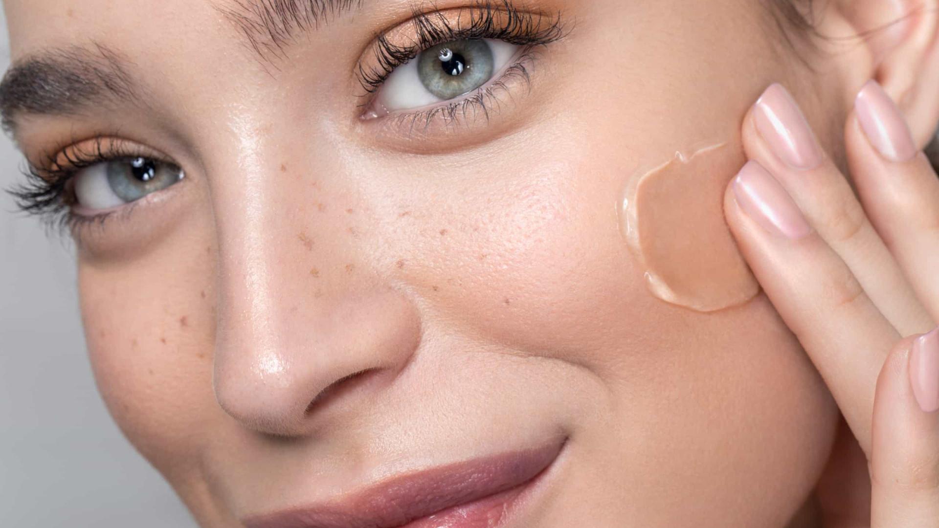 Maquiagem: O truque para a base durar o dia todo