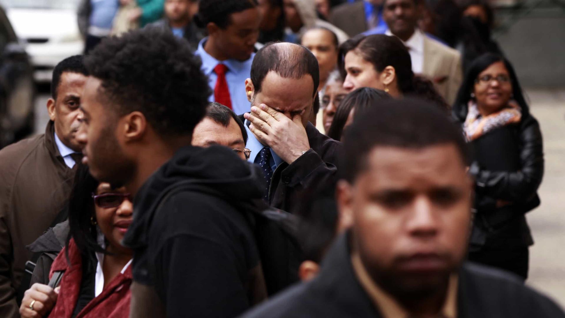 EUA criam 266 mil postos de trabalho e taxa de desemprego cai a 3,5%
