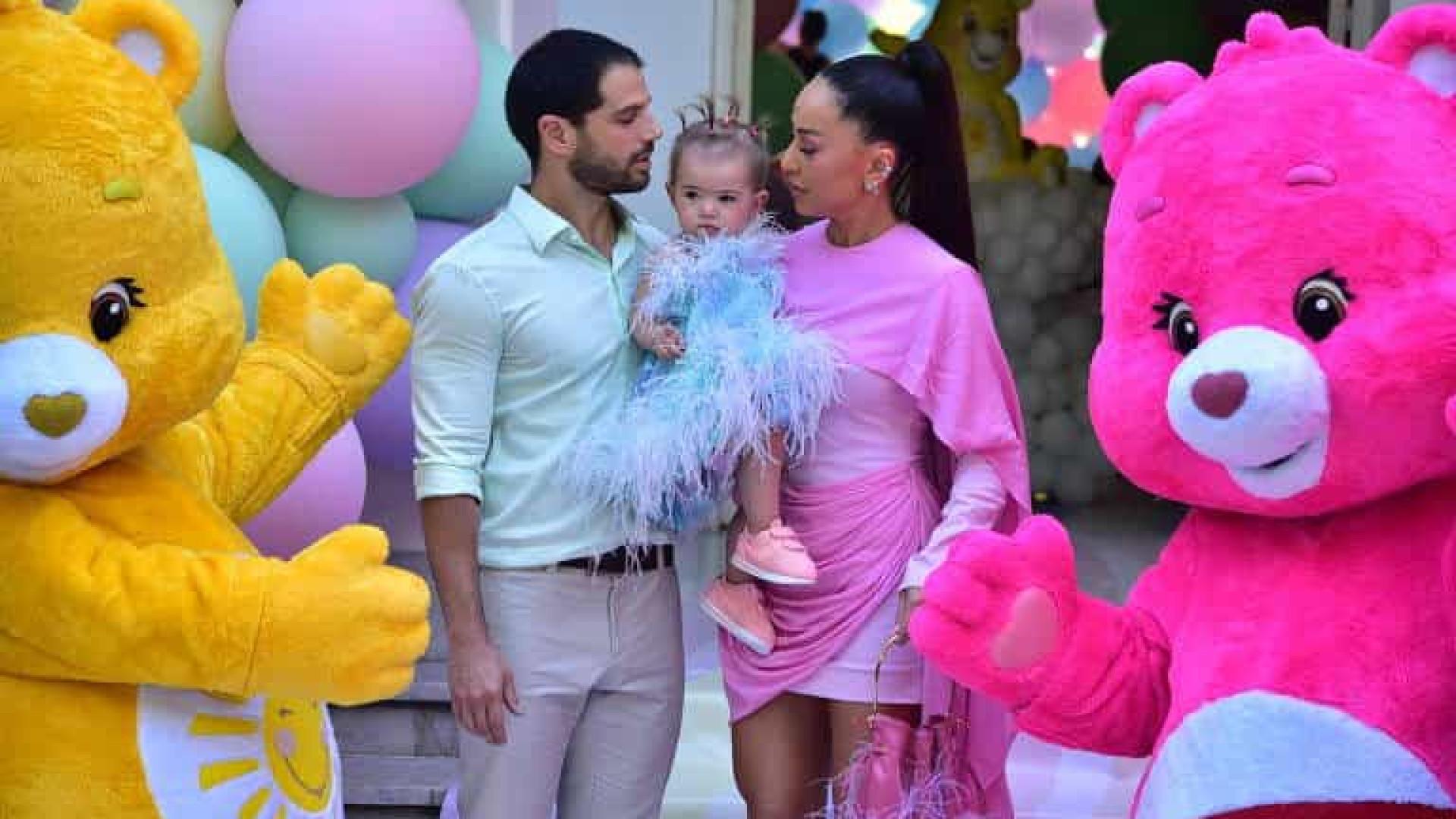 Filha de Sabrina Sato e Duda Nagle ganha festa luxuosa de um ano
