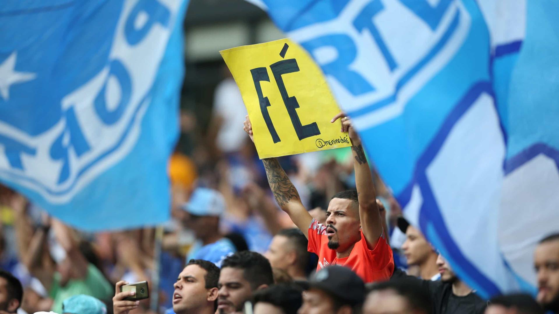 Cruzeiro perde 6 pontos na Série B por dívida com o Al-Wahda
