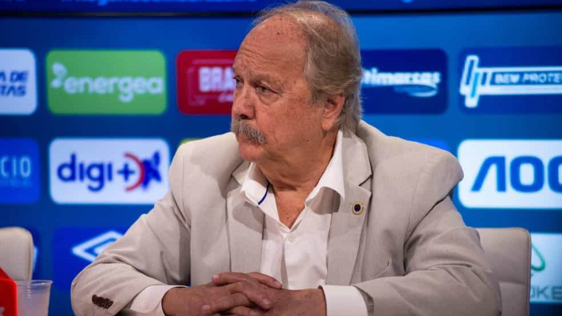 Cruzeiro processa ex-presidente por gastos com cartão corporativo