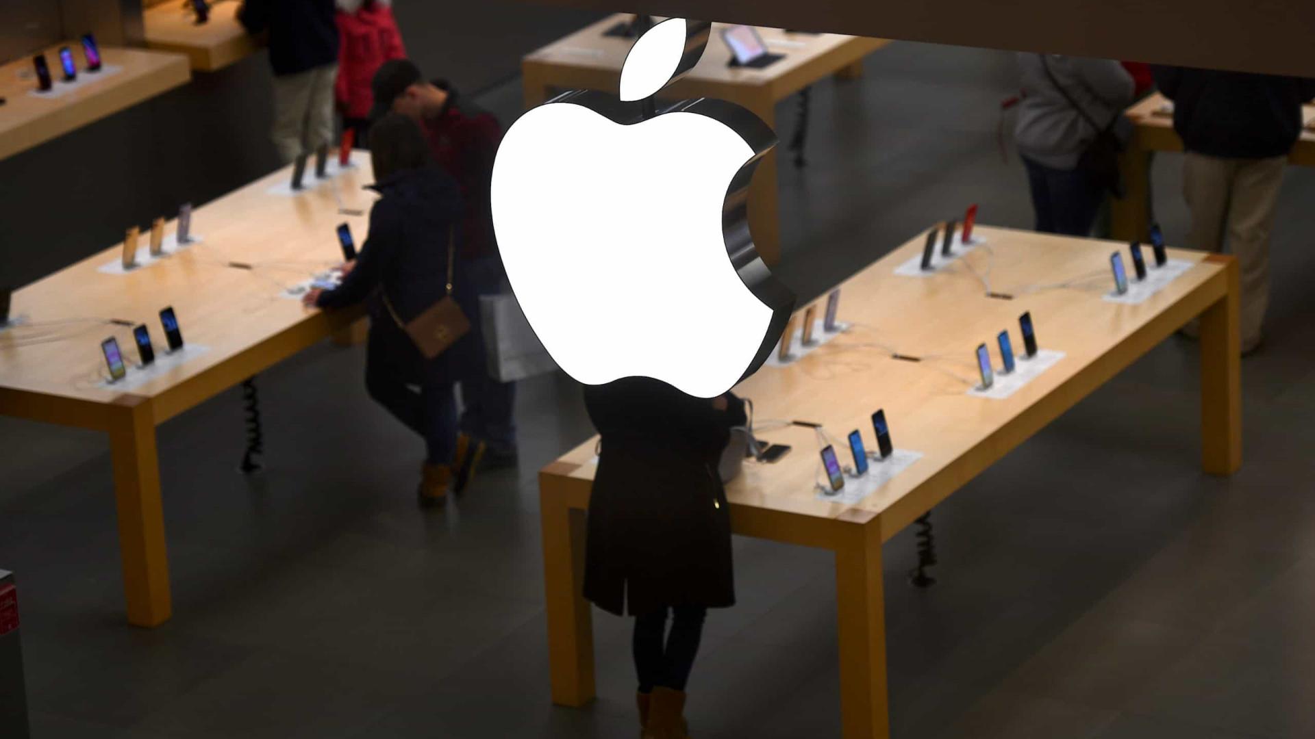 Rumor: Apple anunciará novo iPhone menor em março