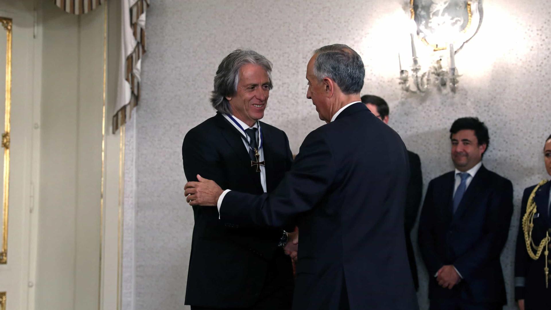 Jorge Jesus é condecorado em Portugal e exalta relação com o Flamengo