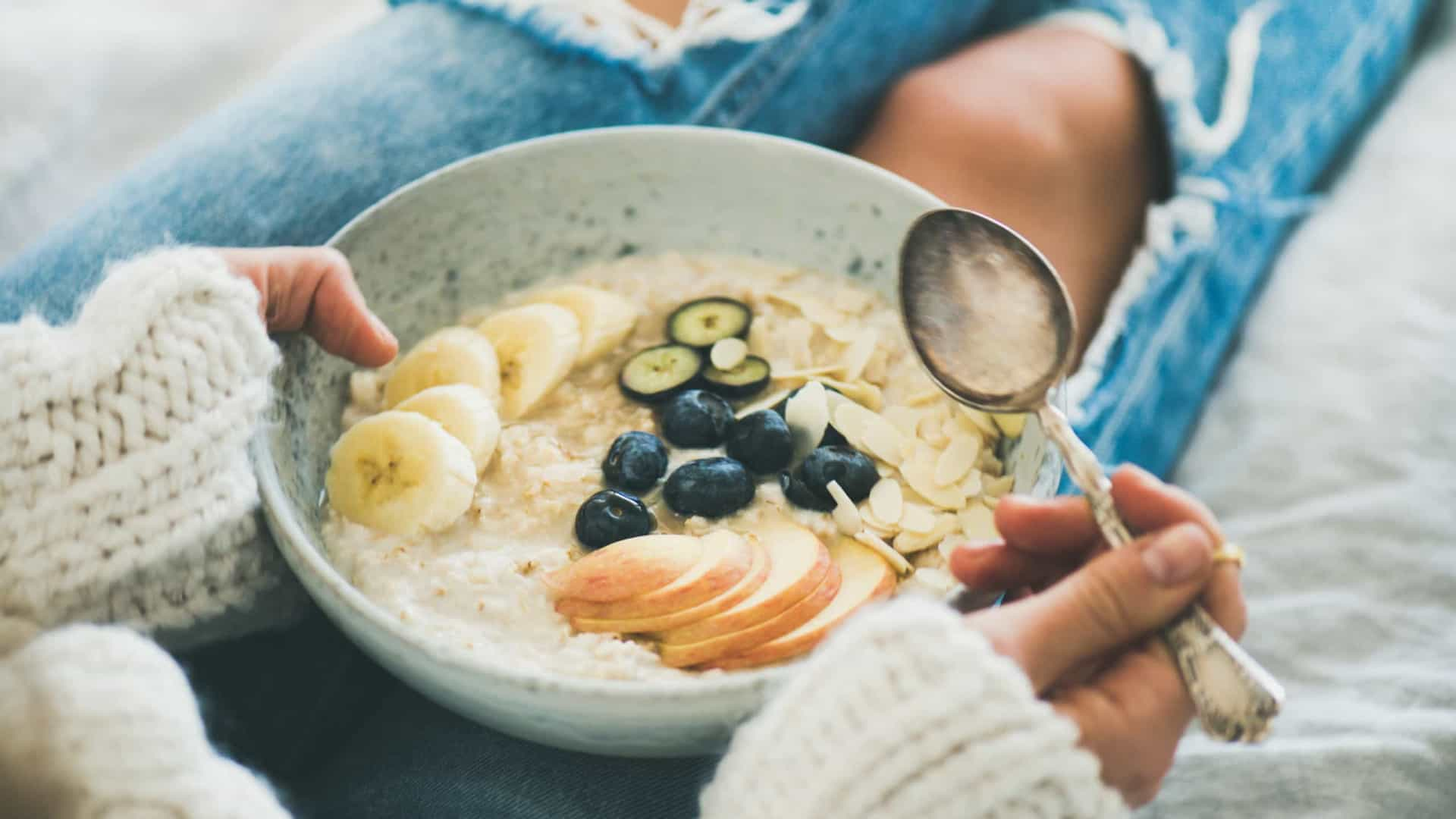 Cinco superalimentos que reduzem os níveis de colesterol alto
