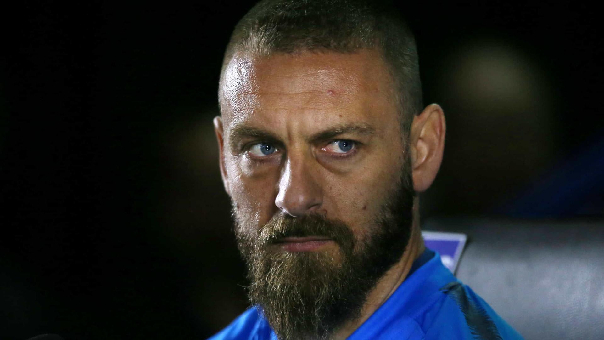 Aos 36 anos, Daniele De Rossi deixa Boca e anuncia a aposentadoria