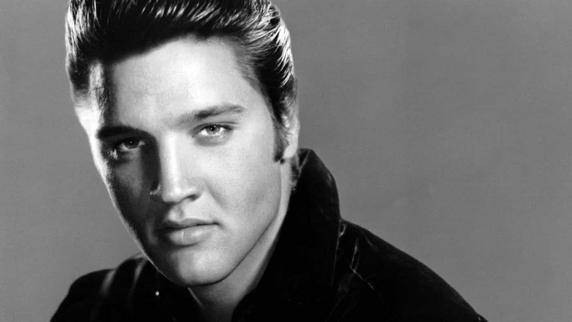Morte de Elvis Presley completa 43 anos e ainda é envolta em mistérios