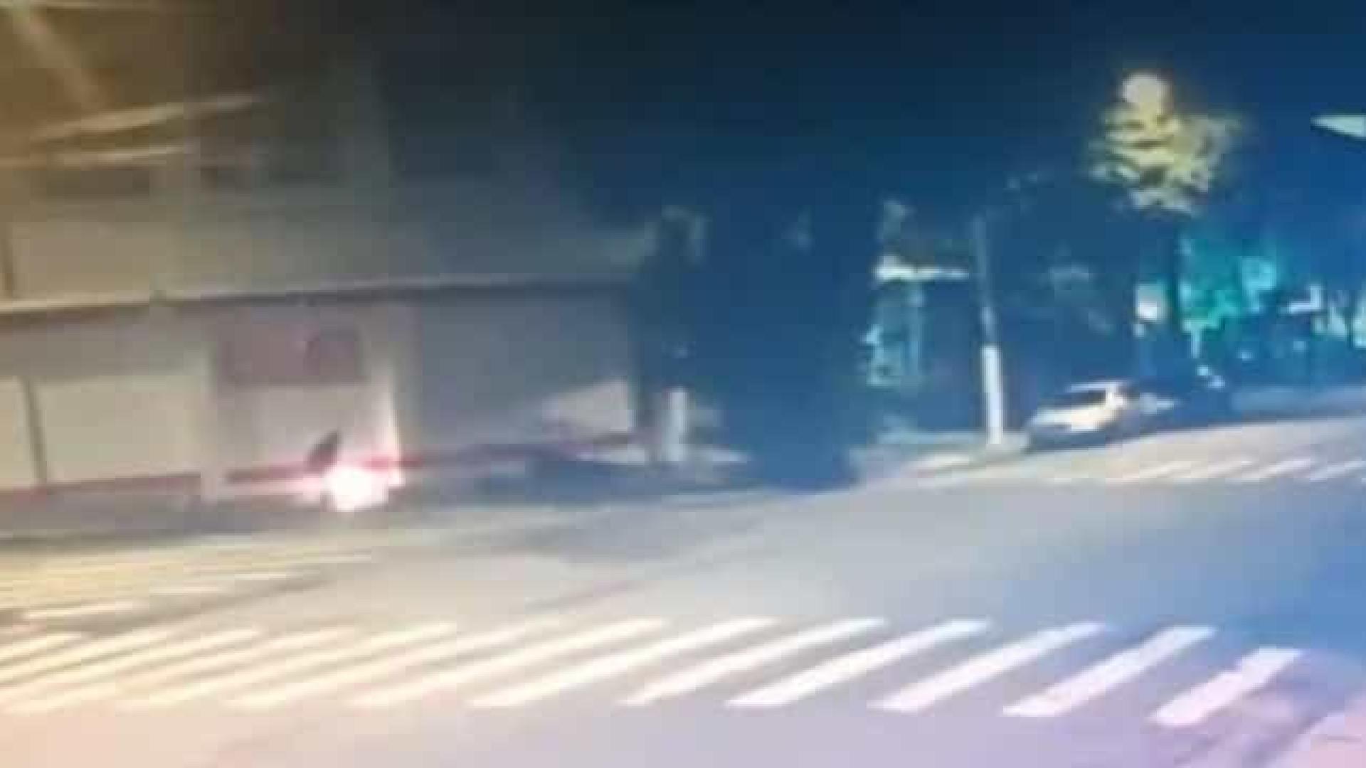 Acusado de queimar morador de rua pode ser inocente, dizem testemunhas