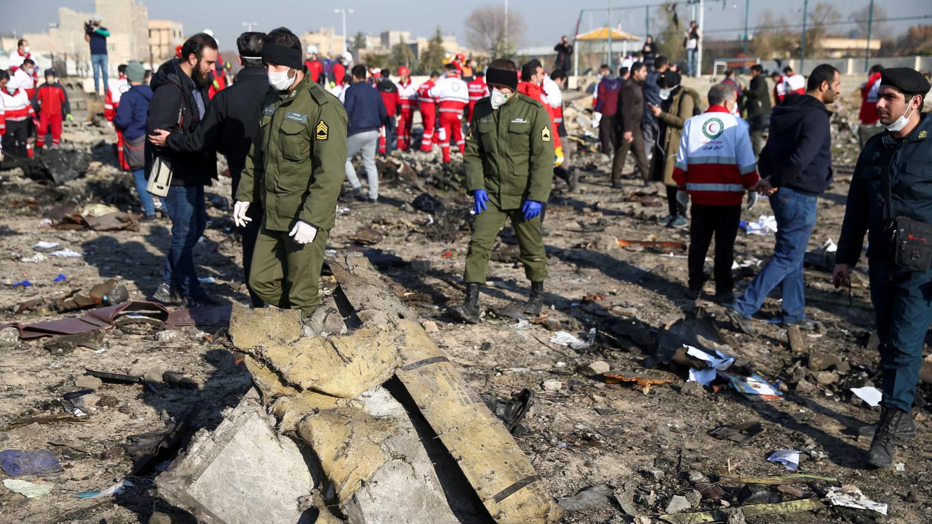 Ucrânia investiga se míssil ou terrorismo causou queda de avião no Irã