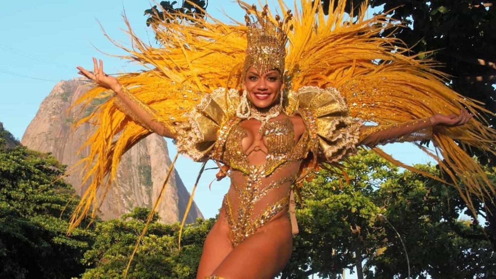 Musa do Carnaval quebra braço em confusão no Rio
