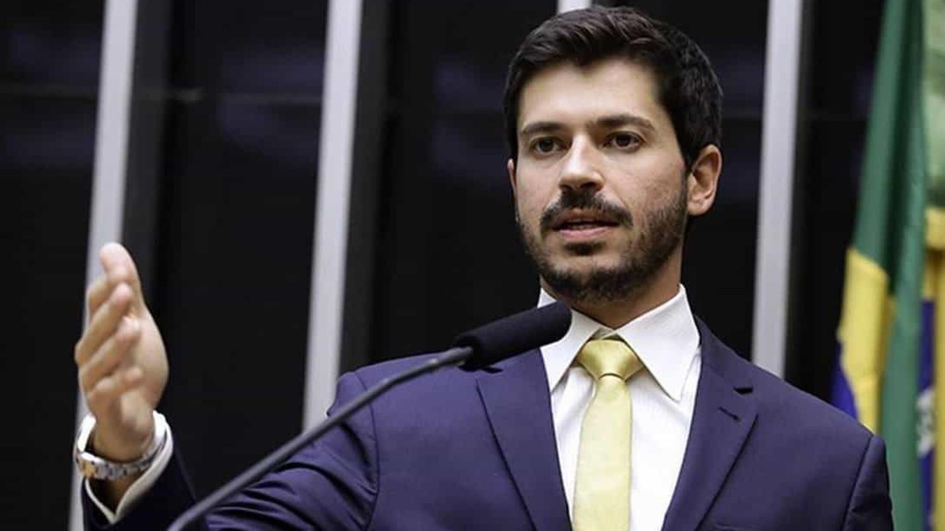 Sem Bolsonaro, PSL traça estratégia para tentar eleger 500 prefeitos