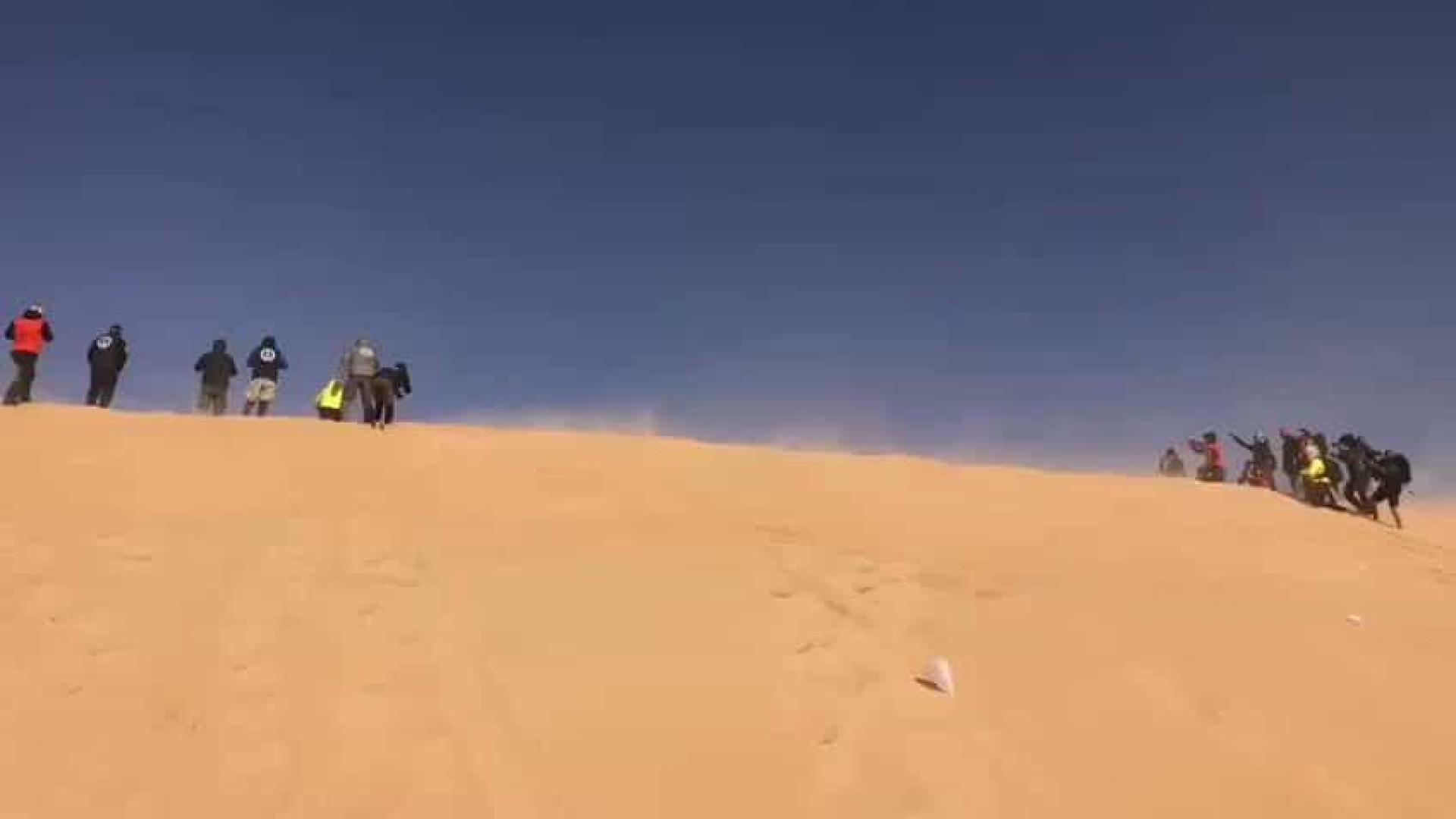 Alonso tem acidente assustador no Rally Dakar; vídeo