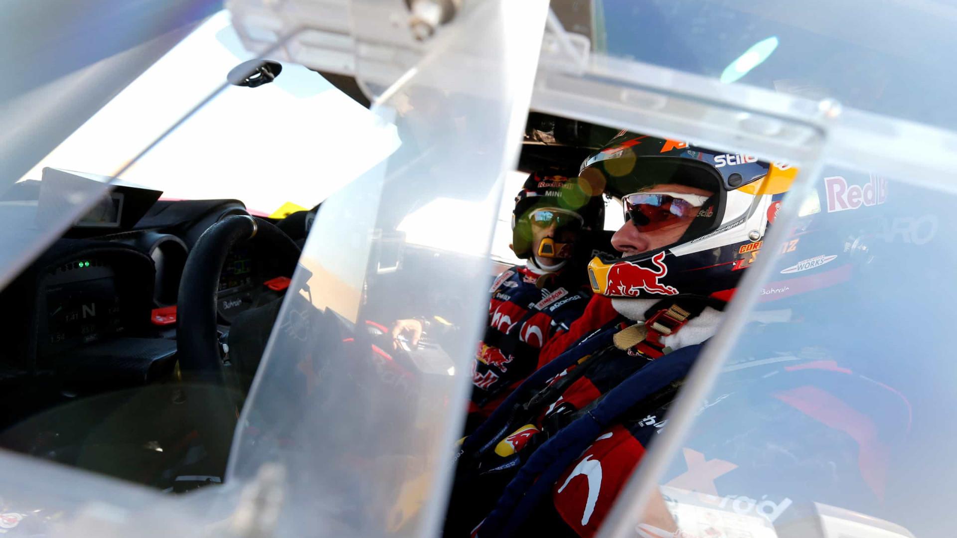 Sainz e Brabec mantêm liderança do Dakar a uma etapa do fim