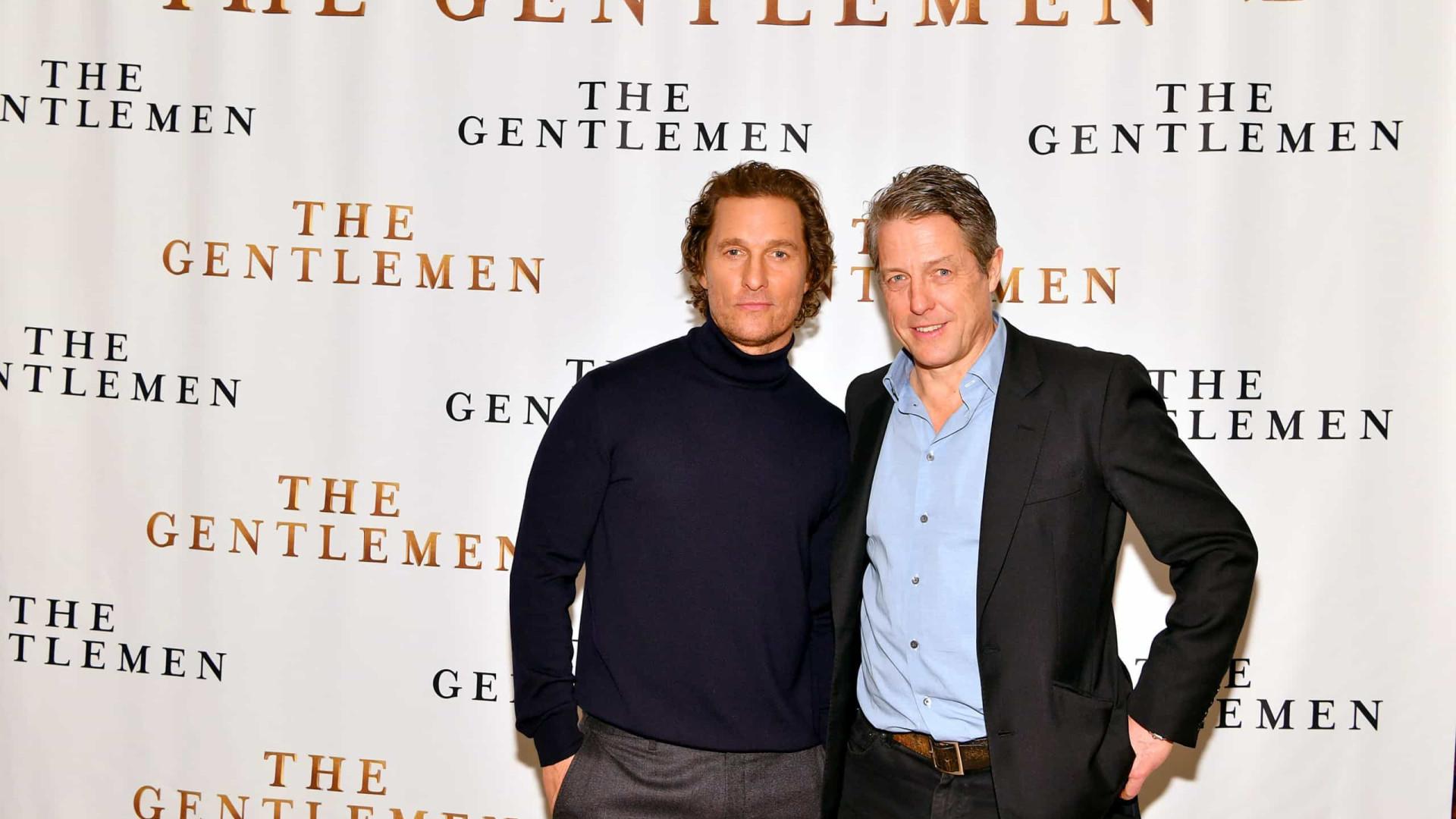 Matthew McConaughey quer juntar a mãe com o pai de Hugh Grant