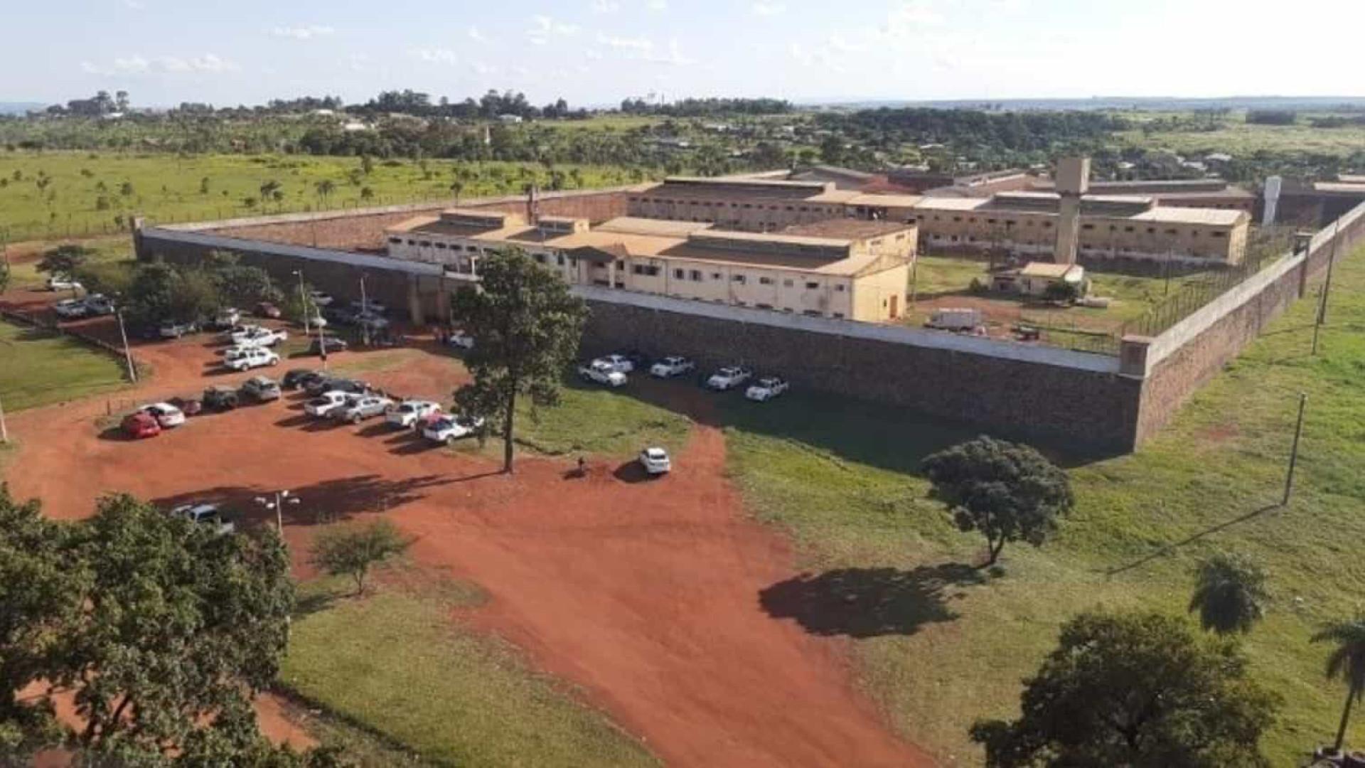 Diretor de prisão e mais 30 são detidos após fuga do PCC no Paraguai