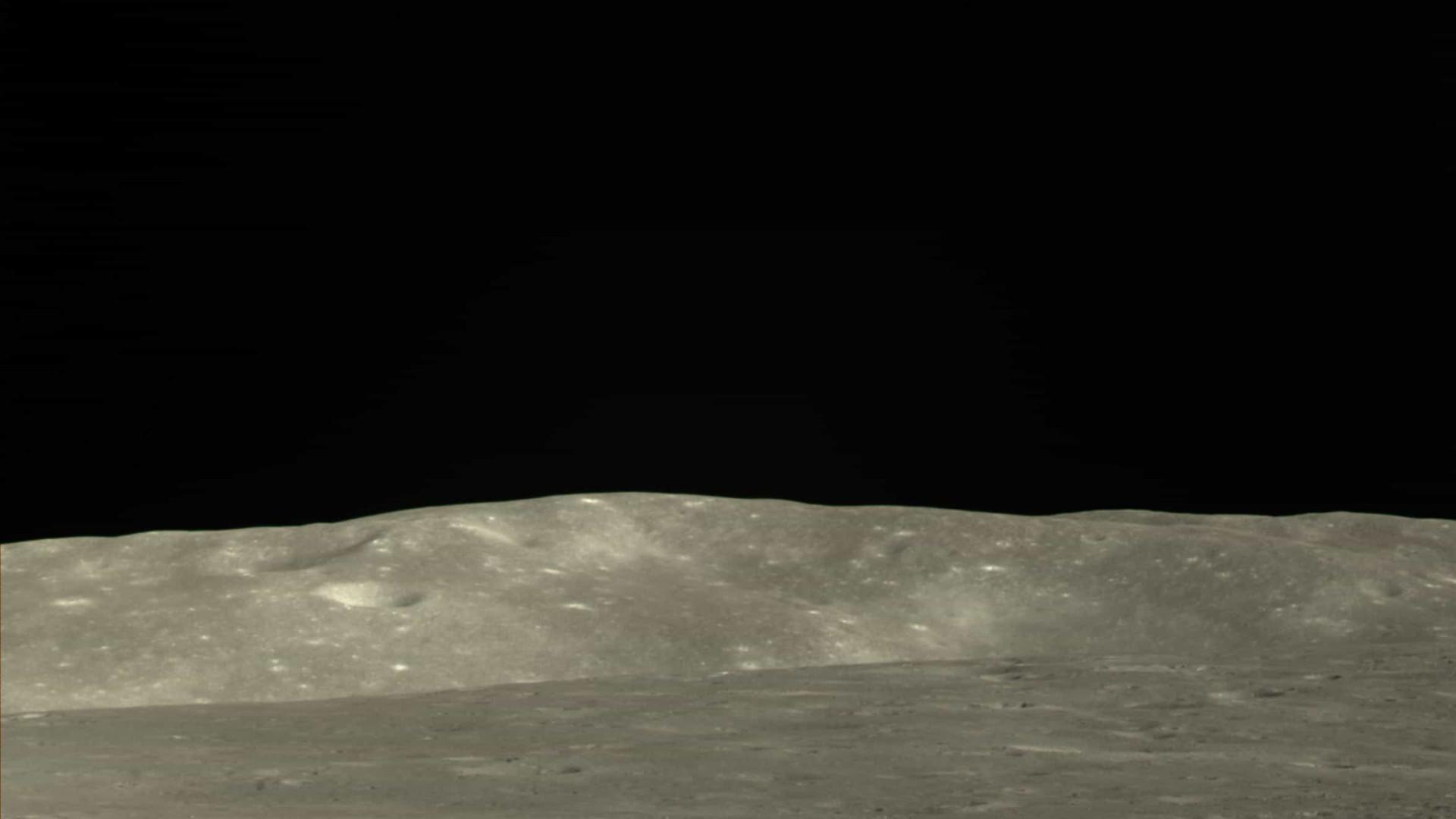 China compartilha novas fotos da superfície do lado oculto da Lua