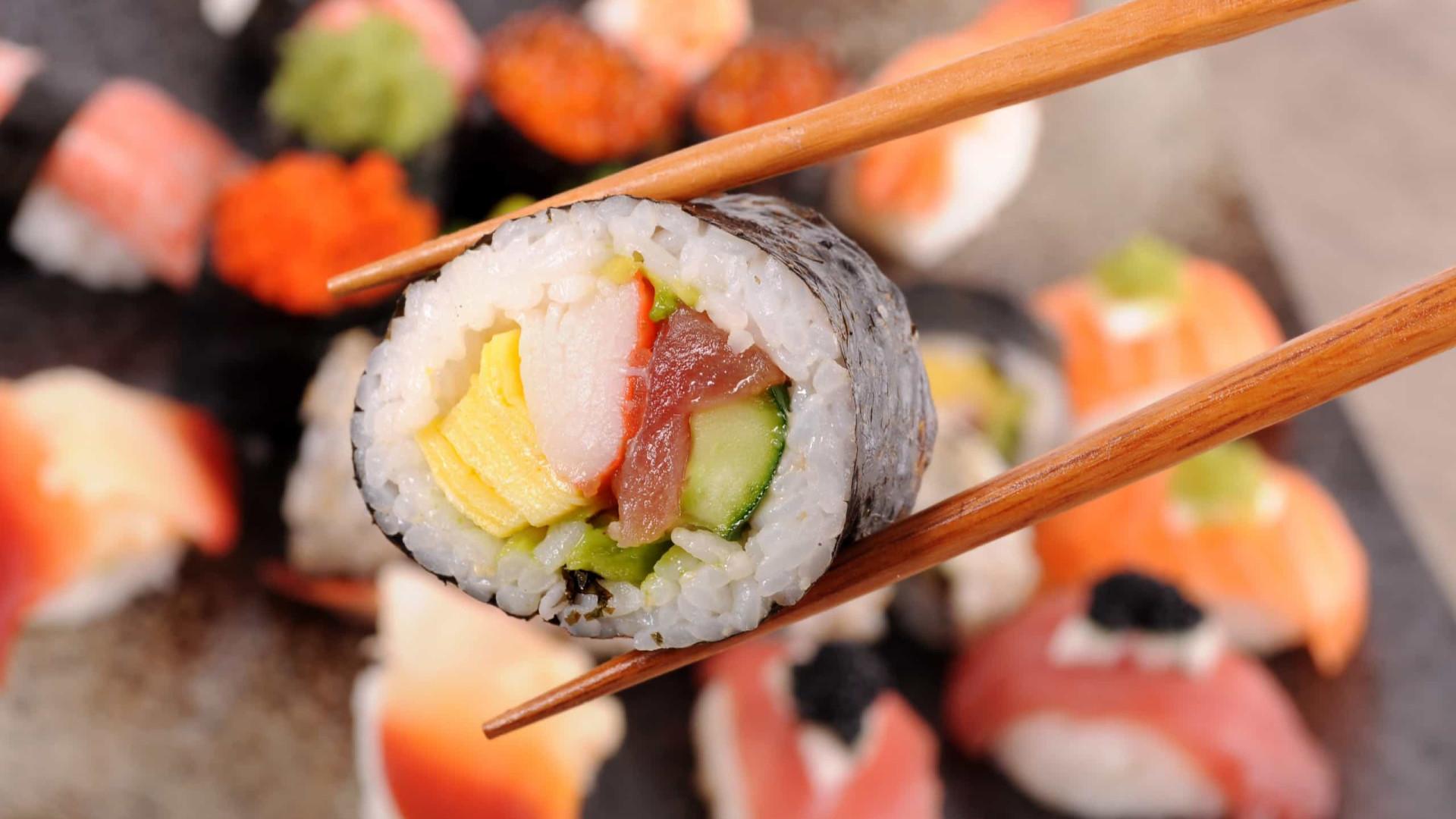 Mito ou fato: O sushi é saudável? Nutricionista responde