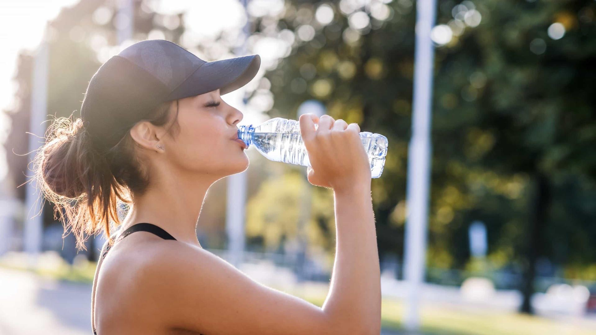 Beba água! Três sinais de que está desidratado