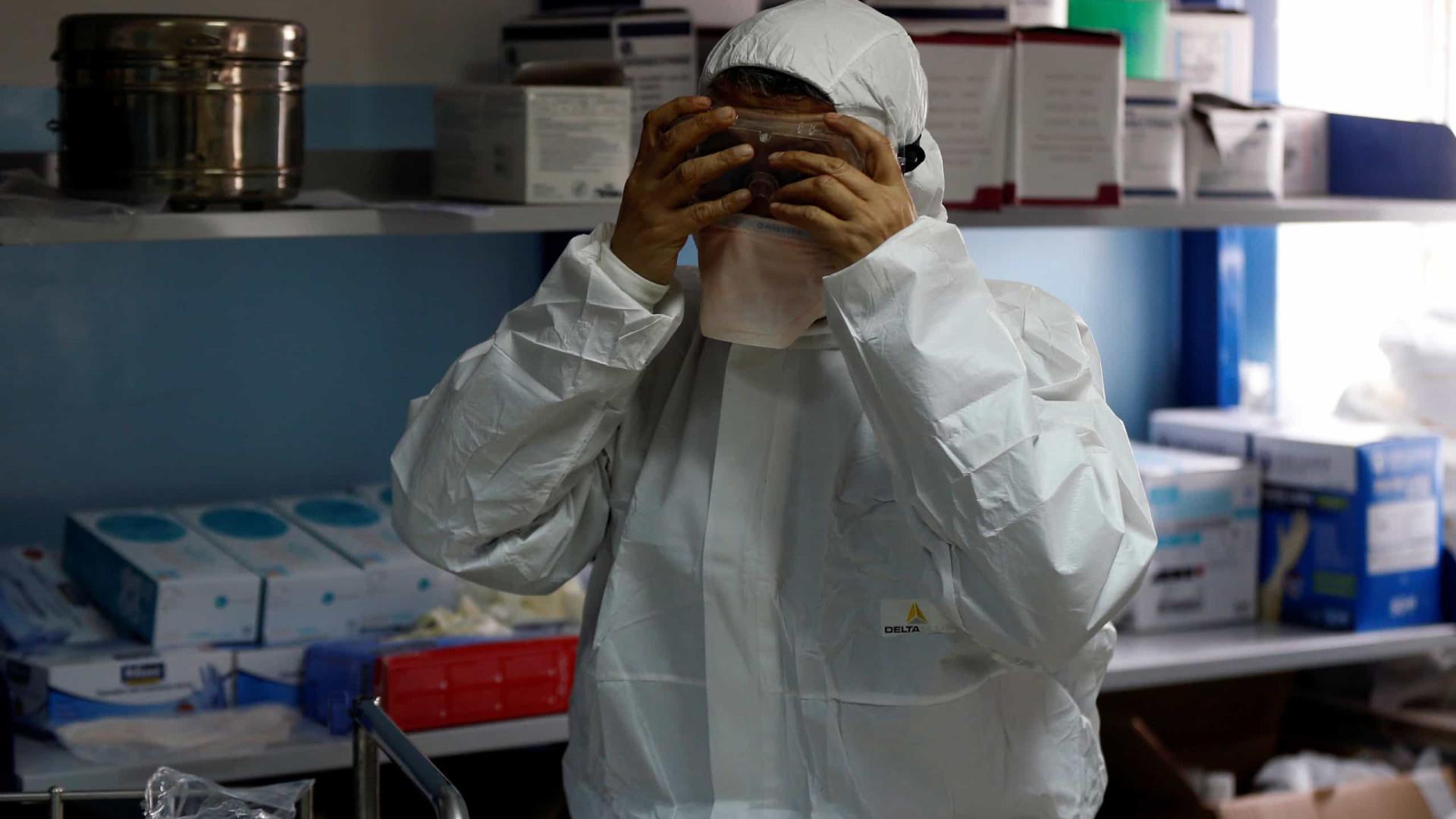 Simula sintomas de coronavírus para ser atendida em centro de saúde