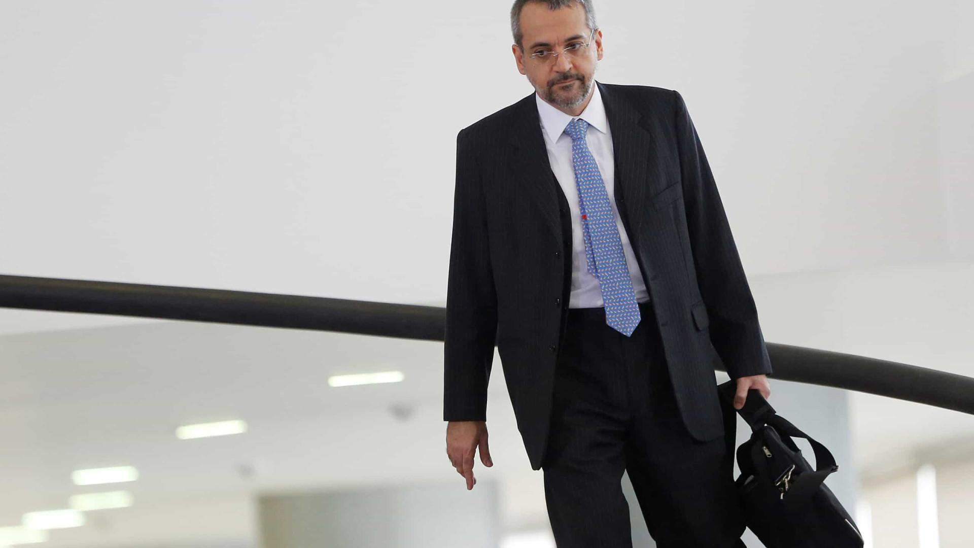 Bolsonaro diz não ter ouvido explicações de Weintraub sobre Enem