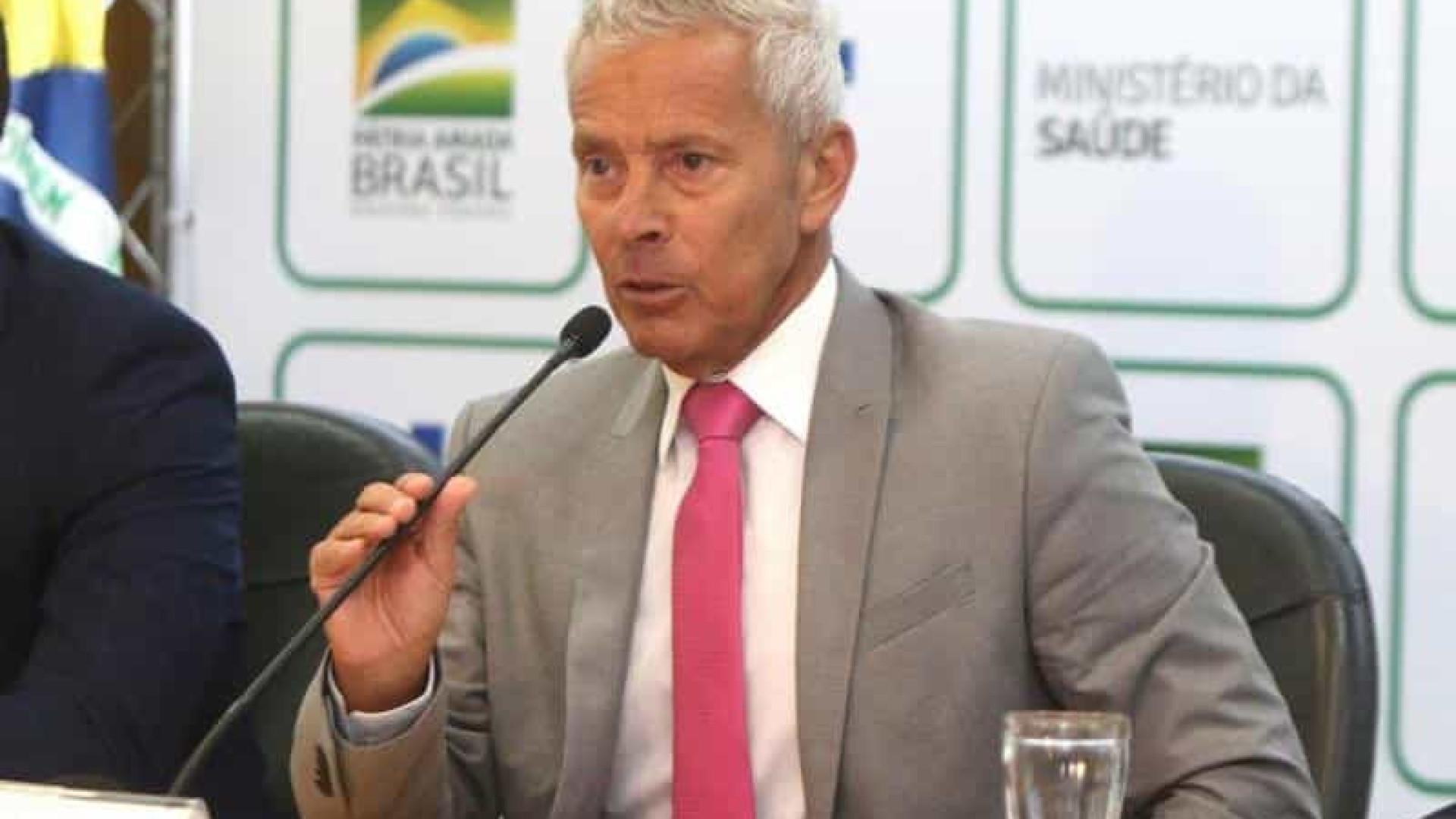 Saúde sinaliza retirada de brasileiros da China mesmo sem lei