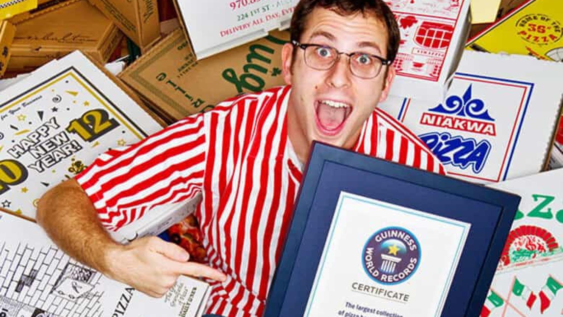 Homem que tem mais de 1000 caixas de pizza diz que está sem espaço