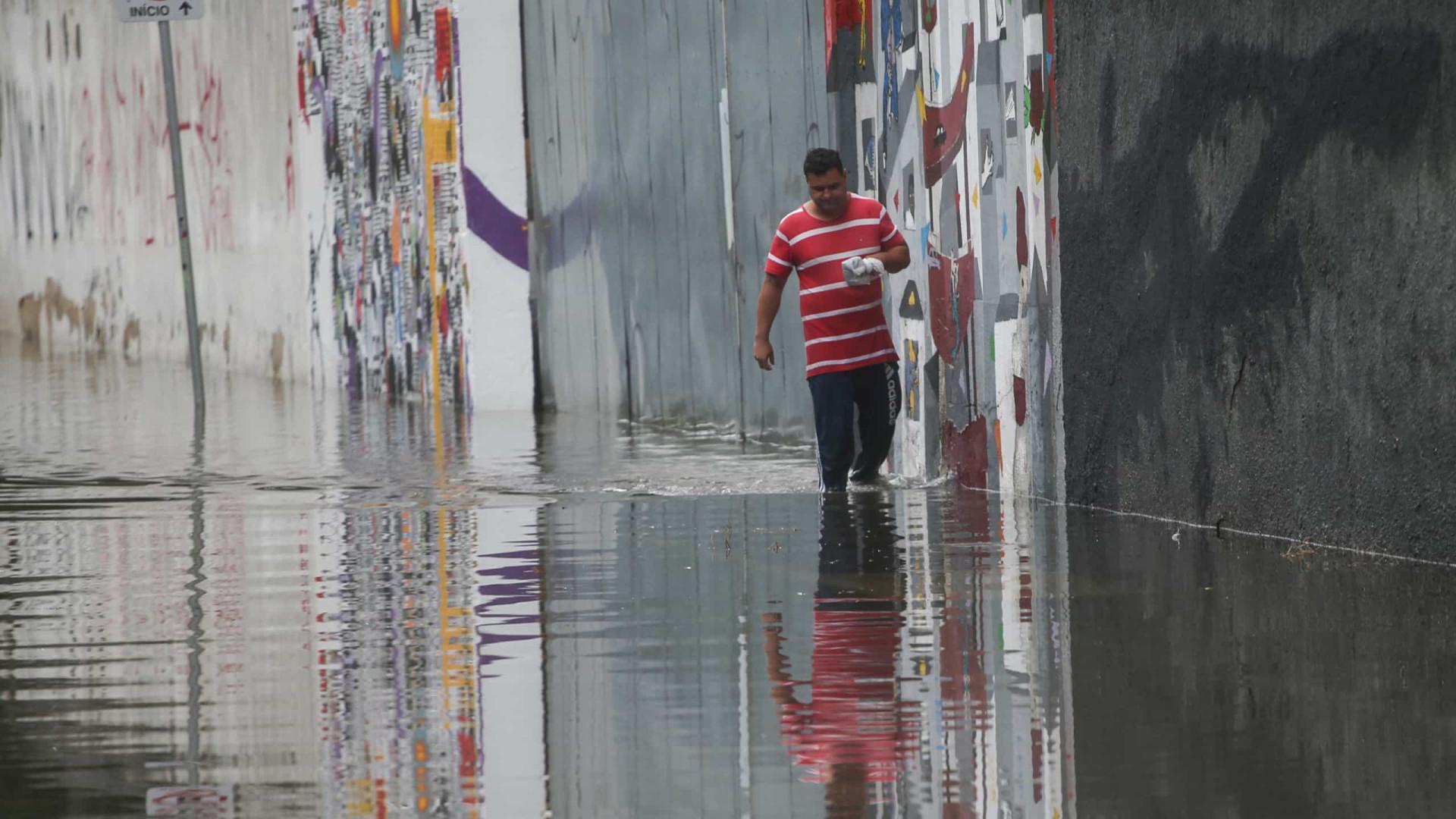 Chuvas deixam mais de 500 desalojados e 142 desabrigados em SP