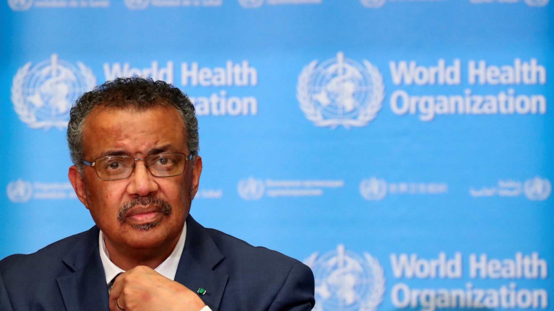 Diretor-geral da OMS diz que pandemia de coronavírus está acelerando
