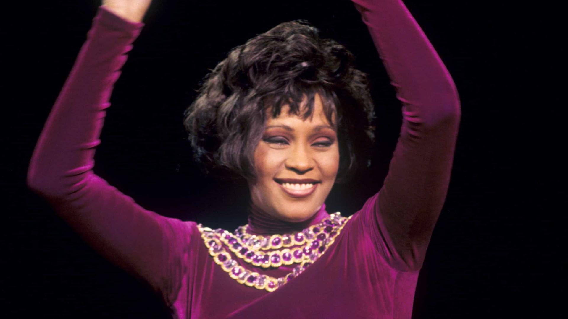 Whitney Houston tinha menos 11 dentes quando foi encontrada morta