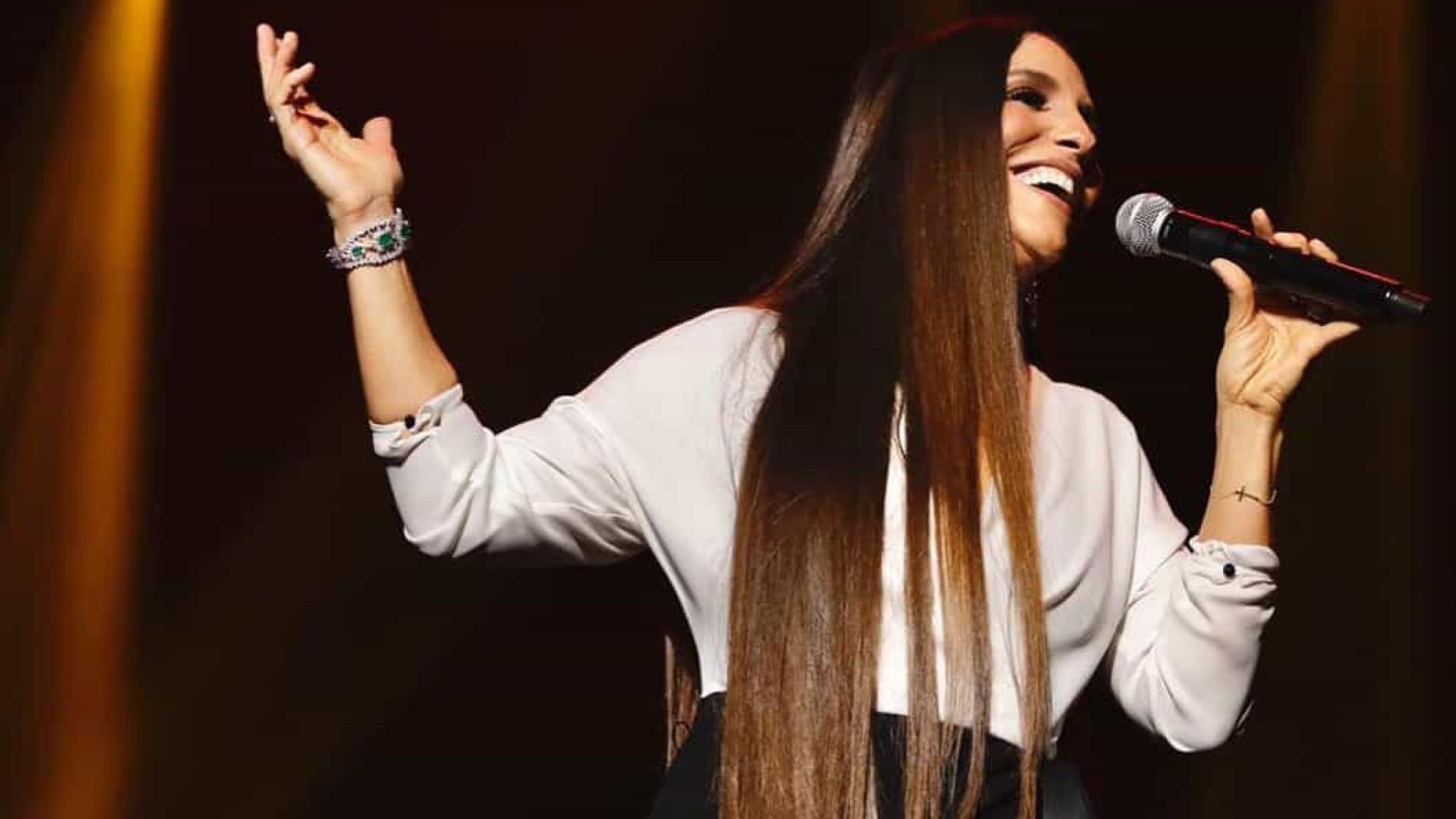 Ivete Sangalo comemora 40 anos de Banda Eva