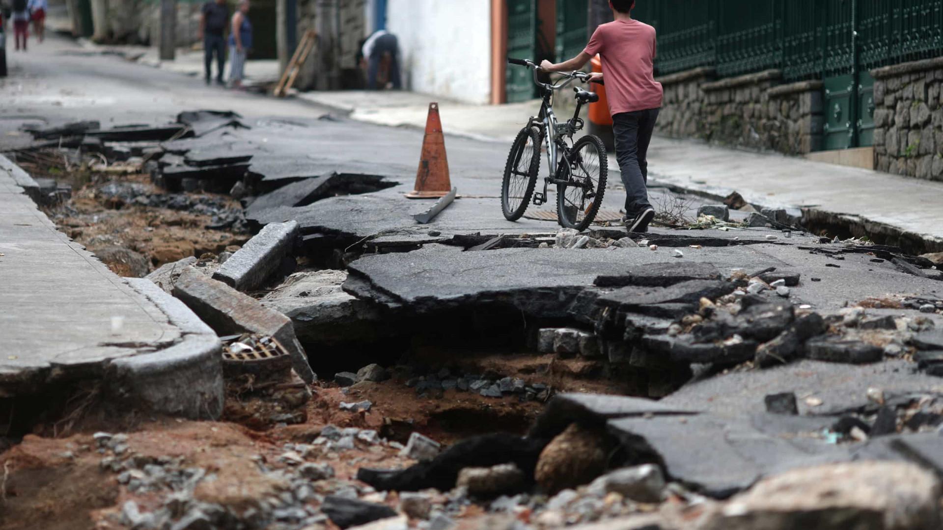 Lojistas calculam prejuízo de R$ 40 milhões com chuvas no Rio