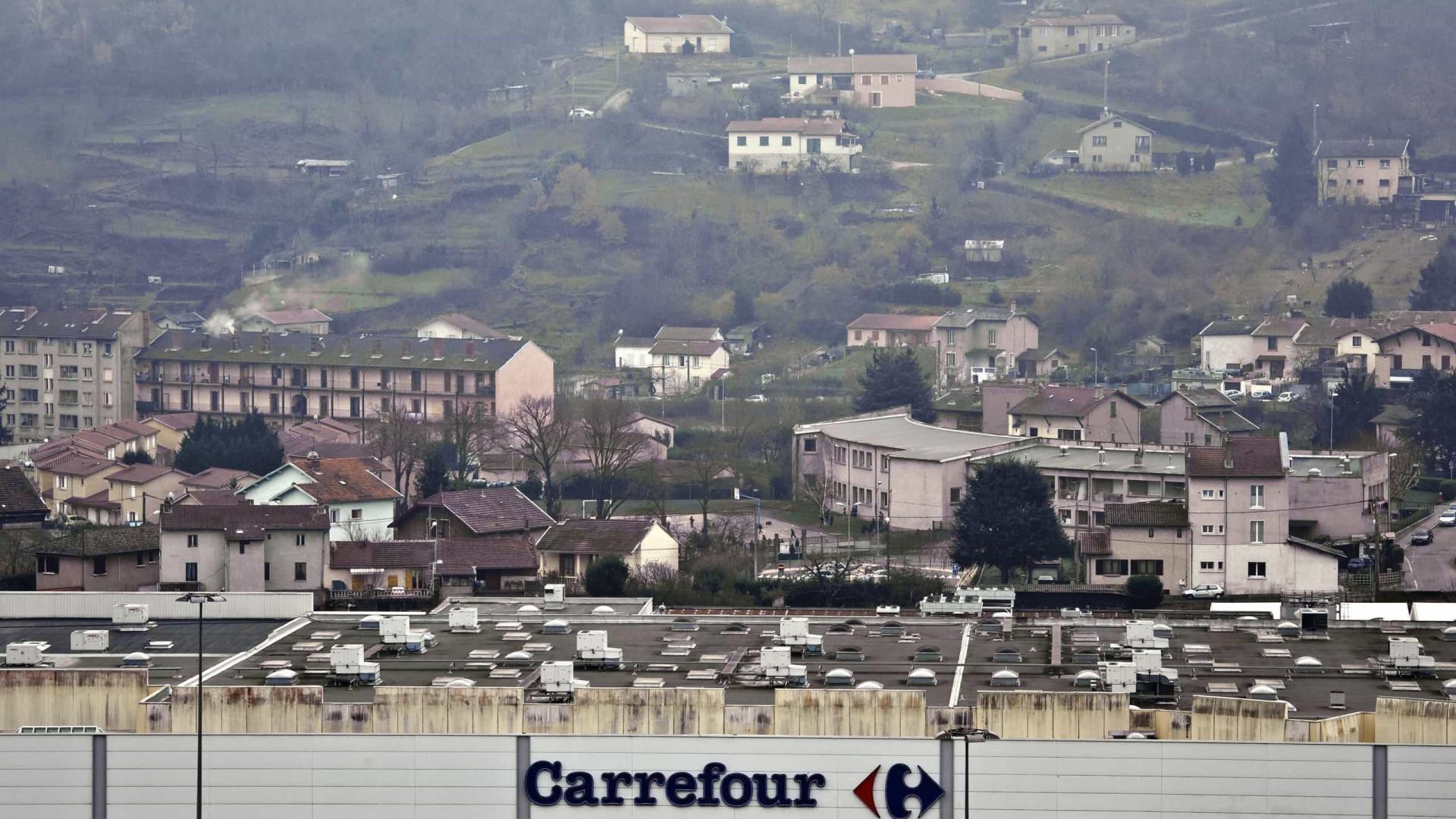 Grupo francês Carrefour compra 30 lojas da Makro