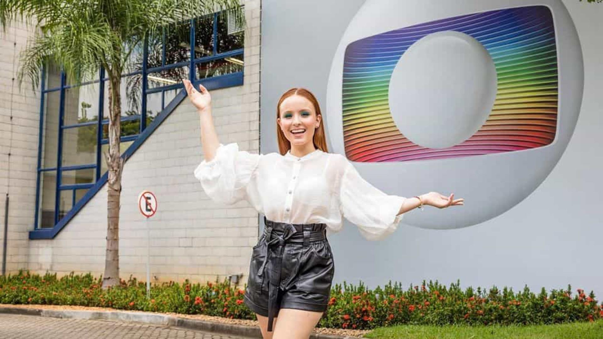 Larissa Manoela é a nova contratada da Globo
