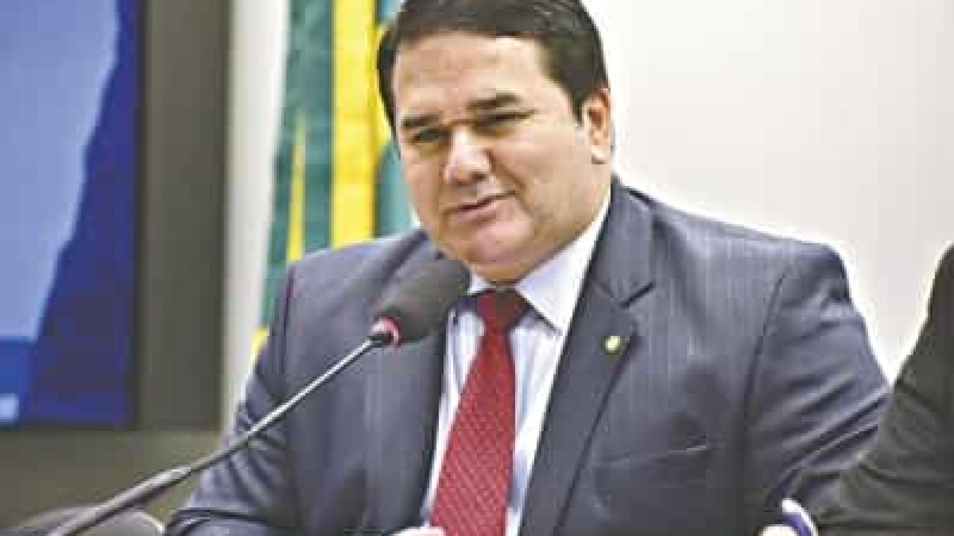 Ex-deputado que liderou motim no CE é foragido da Justiça