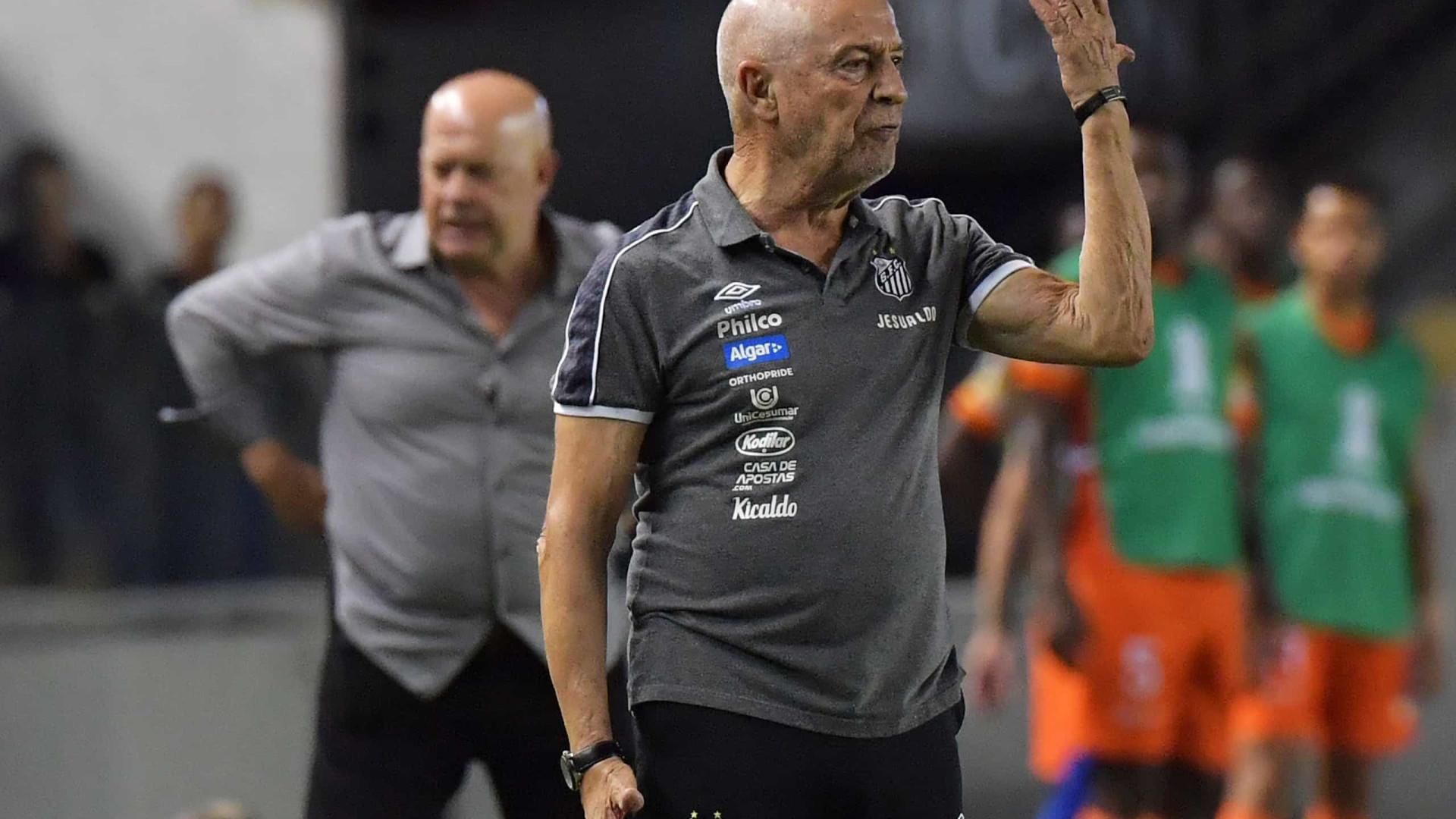 Agora é oficial: Jesualdo Ferreira demitido do comando do Santos