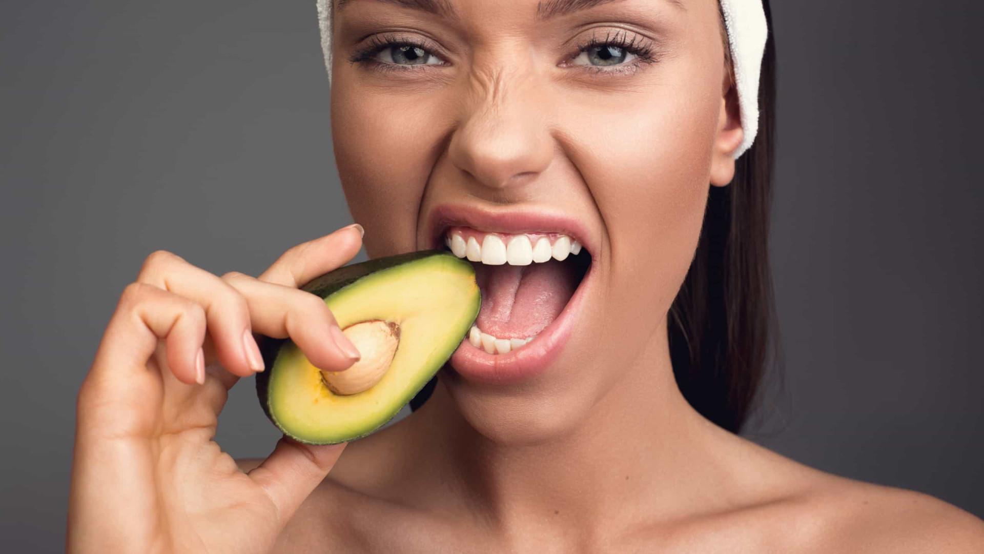 Superalimentos ricos em antioxidantes que retardam o envelhecimento