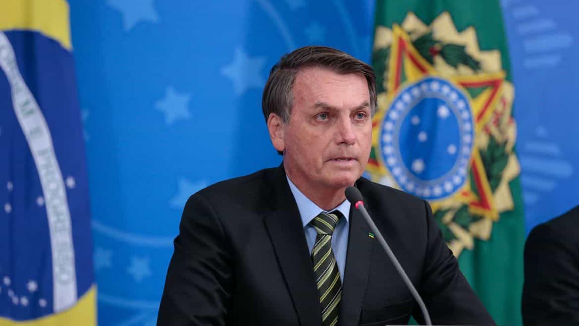 Bolsonaro diz que  Estados não podem impor isolamento