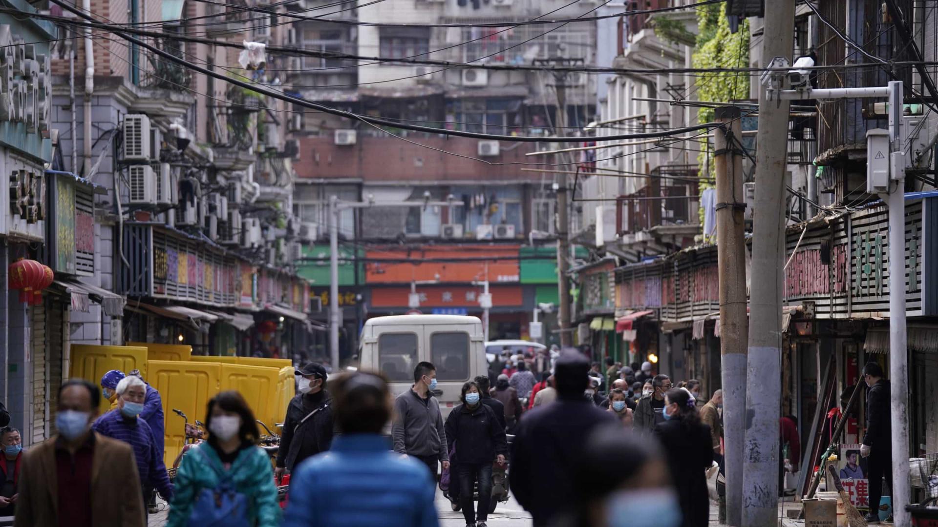 Quarentena chega ao fim em Wuhan, mas normalidade está longe de voltar