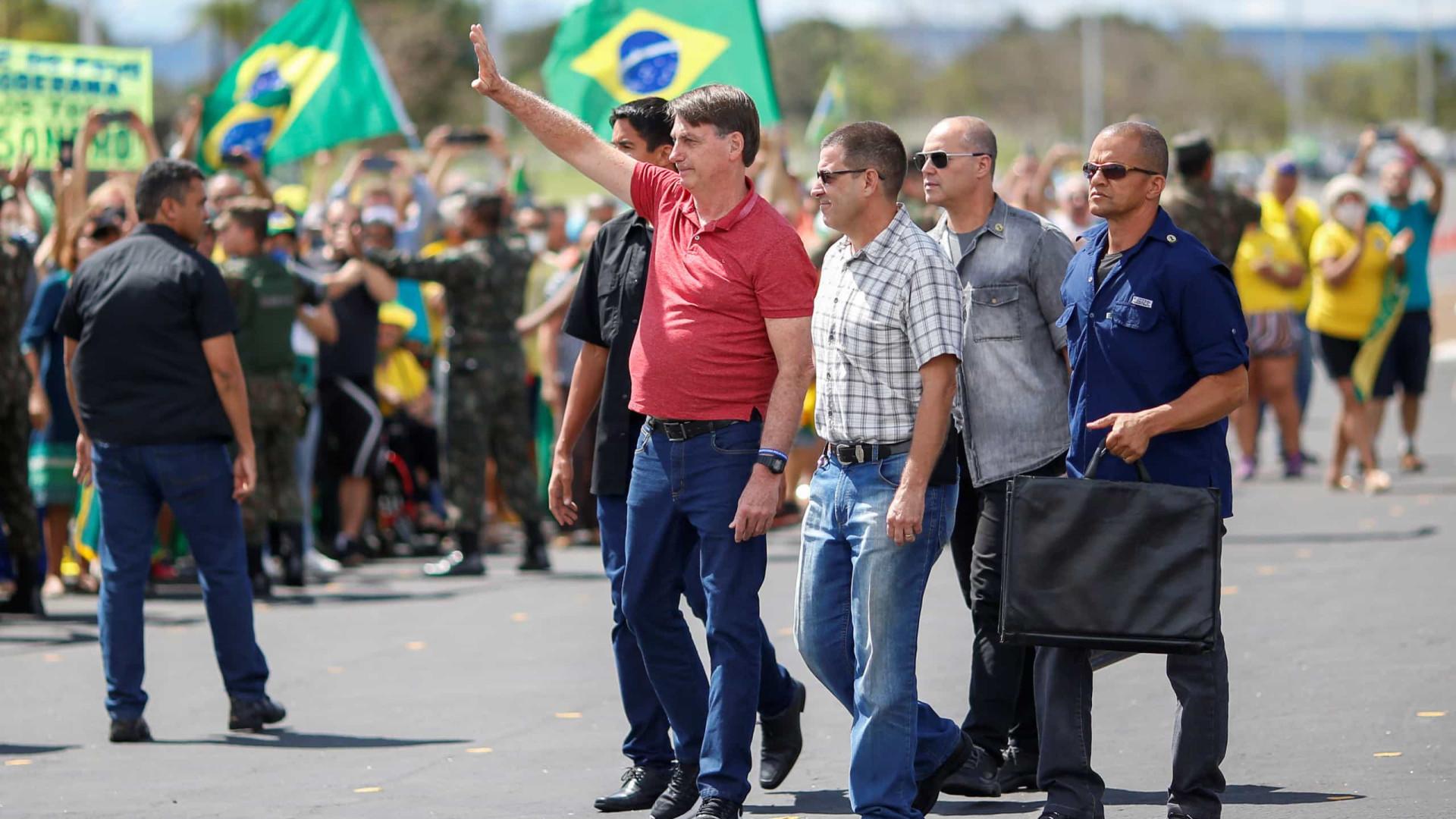 Prefeitos lamentam presença de Bolsonaro em ato antidemocracia