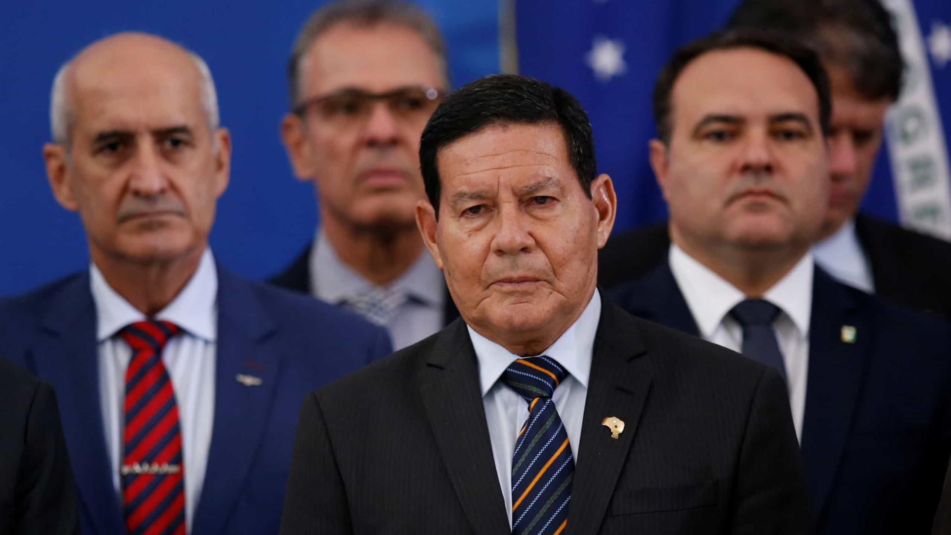 'Não é bom', diz Mourão à reportagem sobre saída de Moro do governo