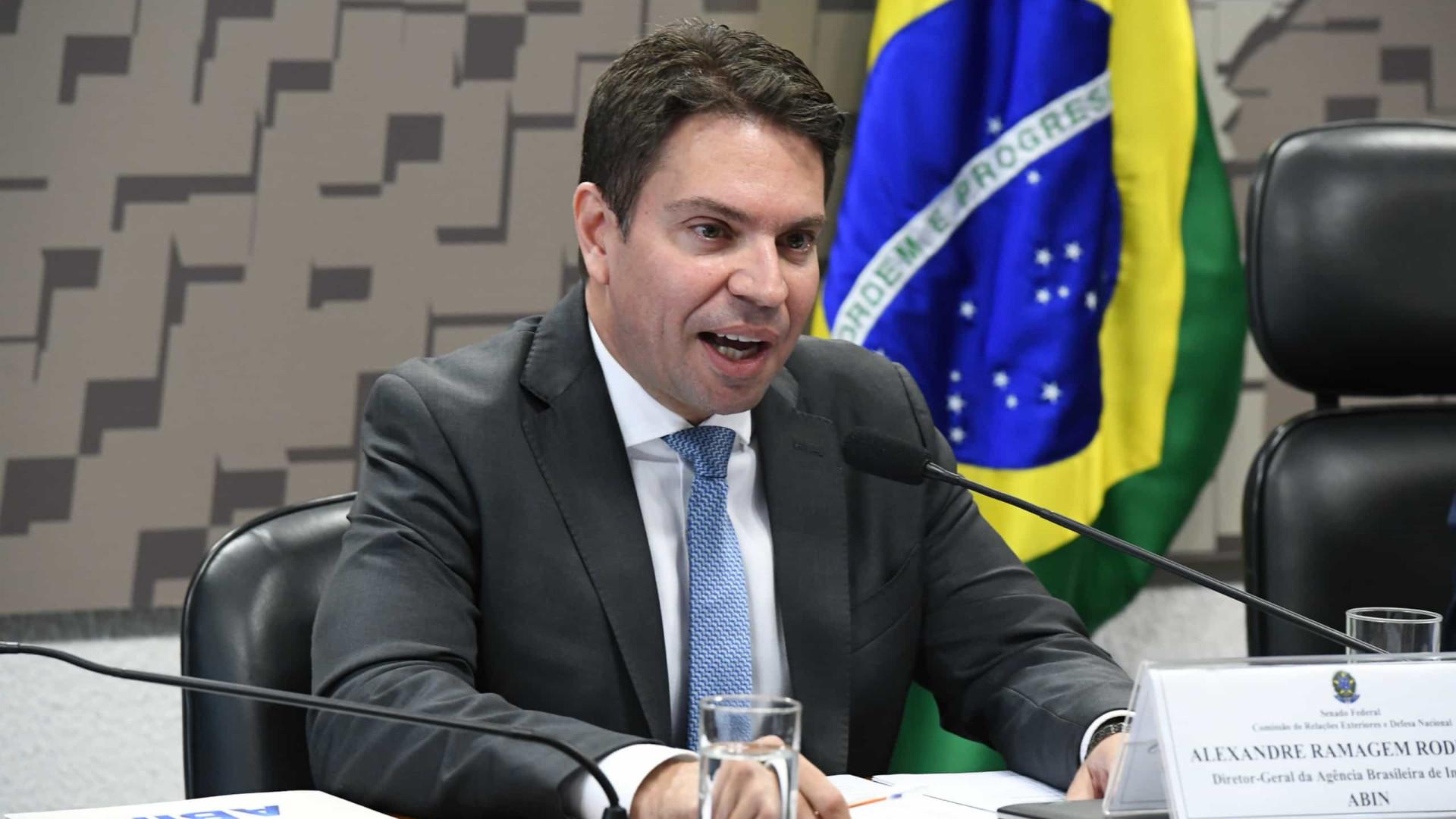 Bolsonaro nomeia 'braço direito' de Ramagem para comando da PF