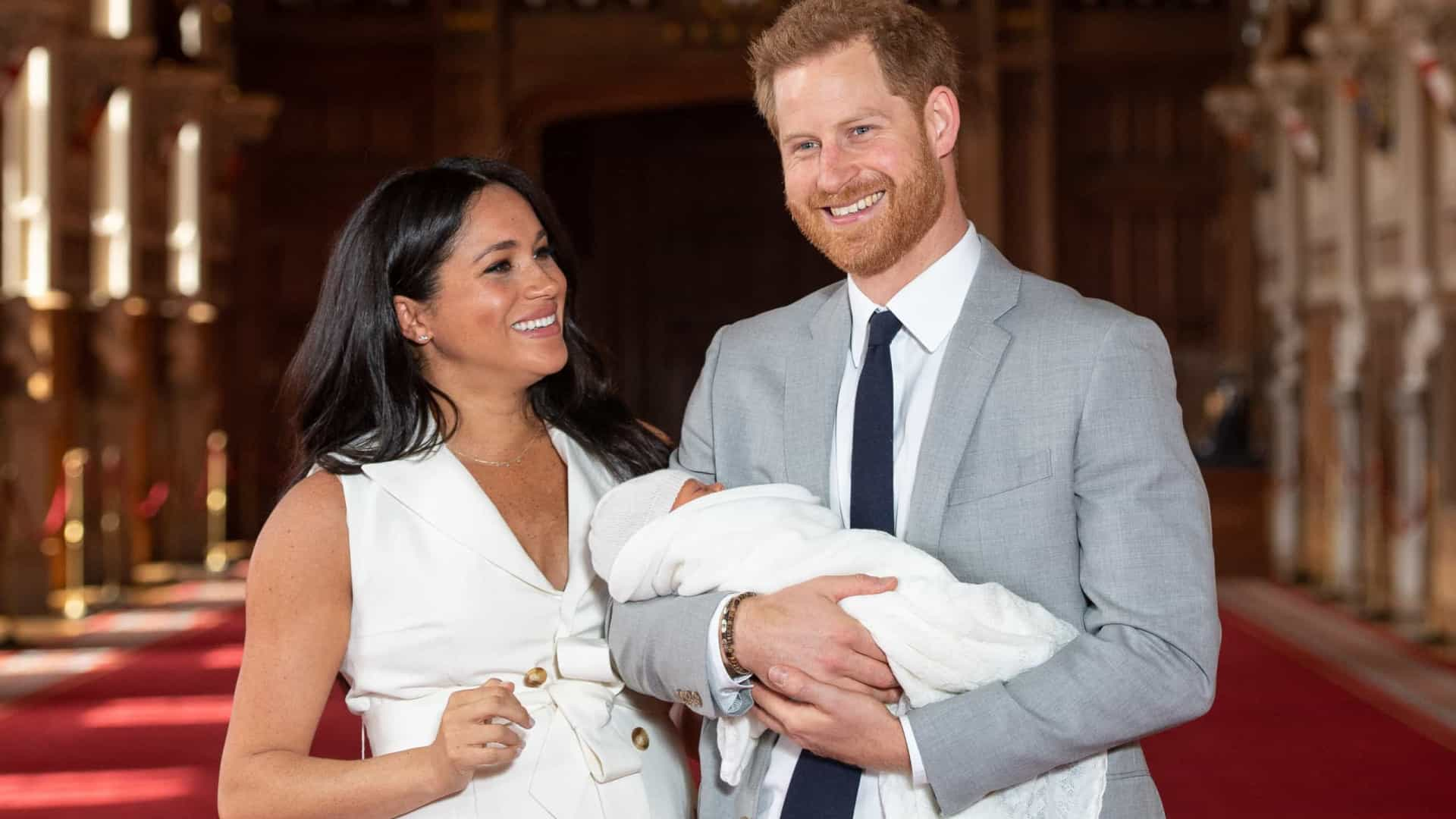 Harry e Meghan rejeitam o título real para o filho