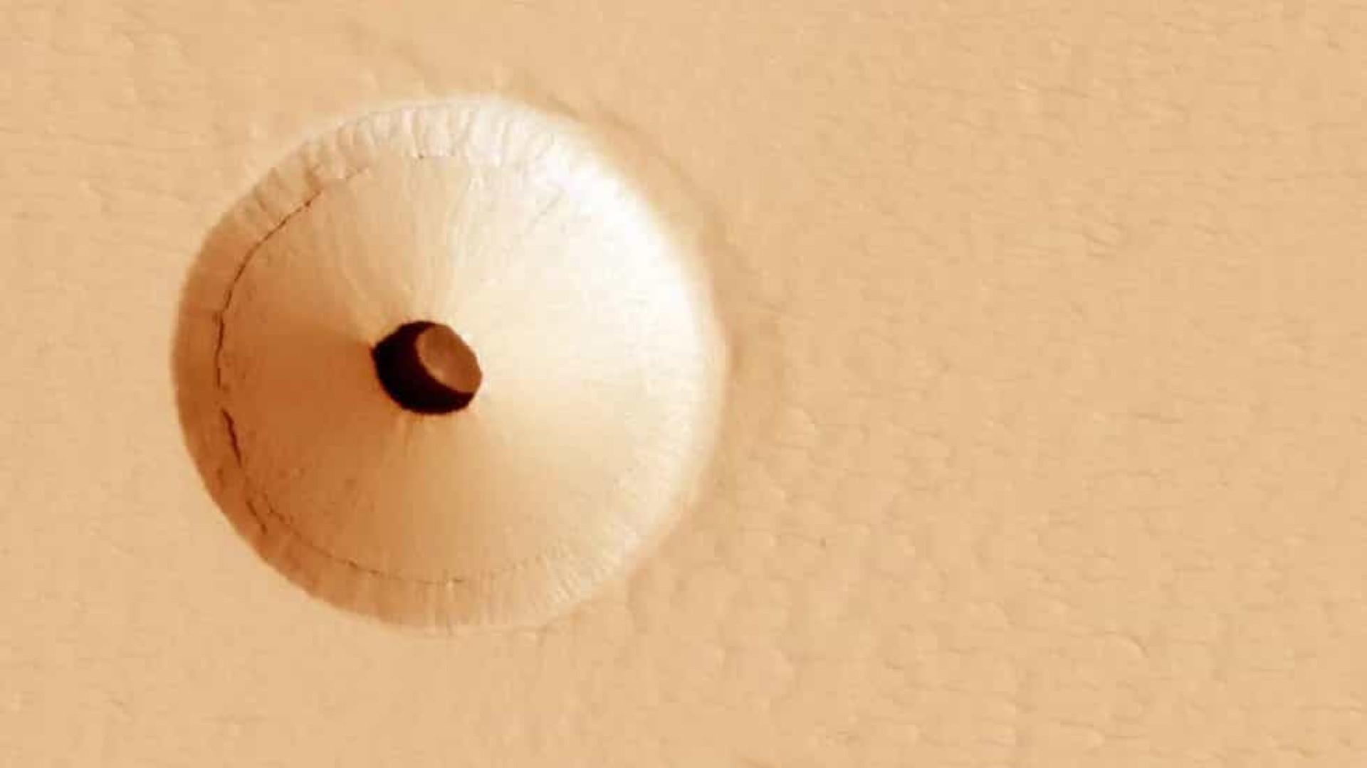 Fotografias mostram abismos na superfície do planeta Marte