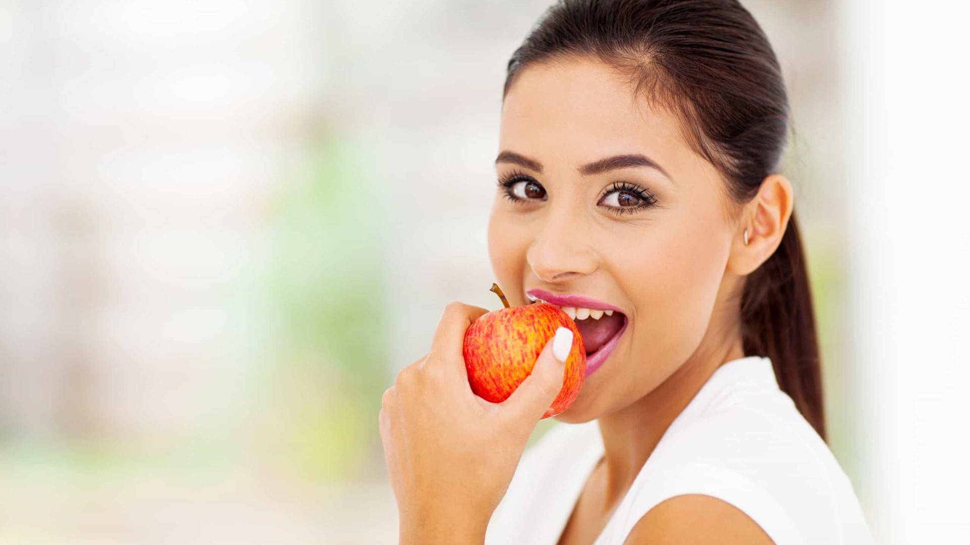 Heroína improvável. Quatro benefícios de comer uma maçã por dia