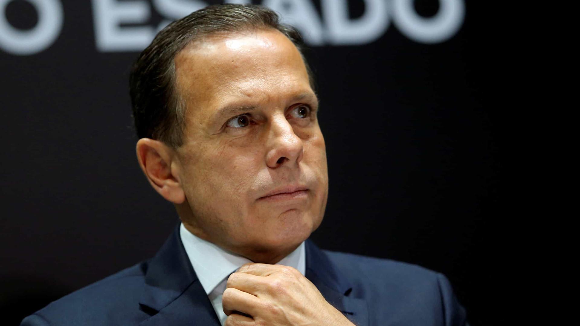 Bolsonaro convoca empresários a 'jogar pesado' contra Doria