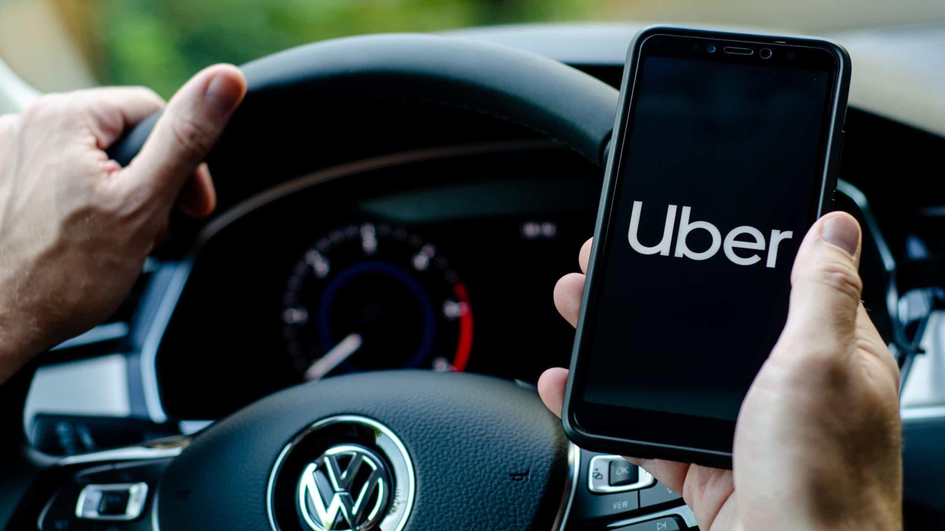 Uber torna máscara obrigatória para passageiro e condutor