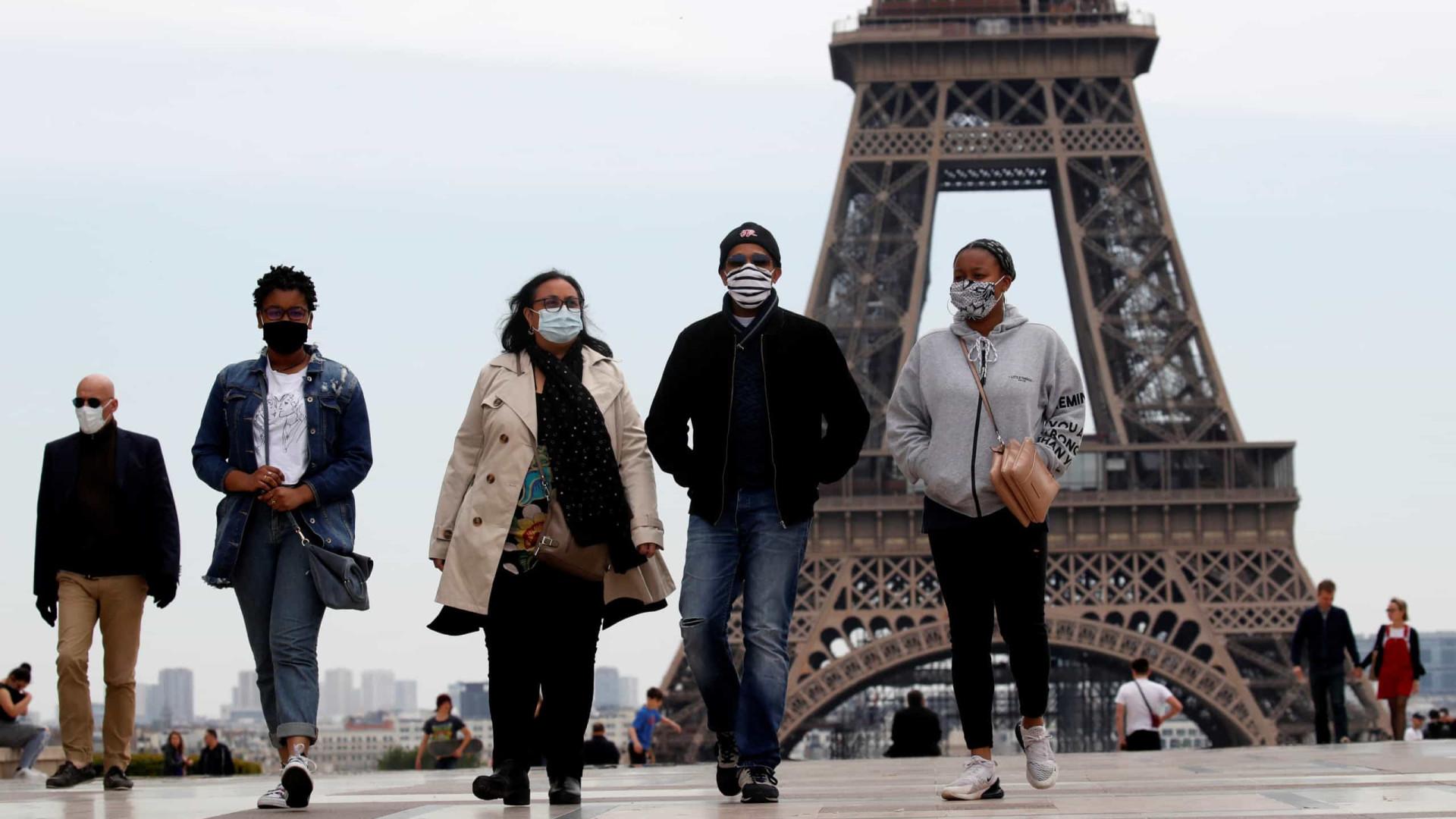 França quer que cidadãos passem férias de verão no país