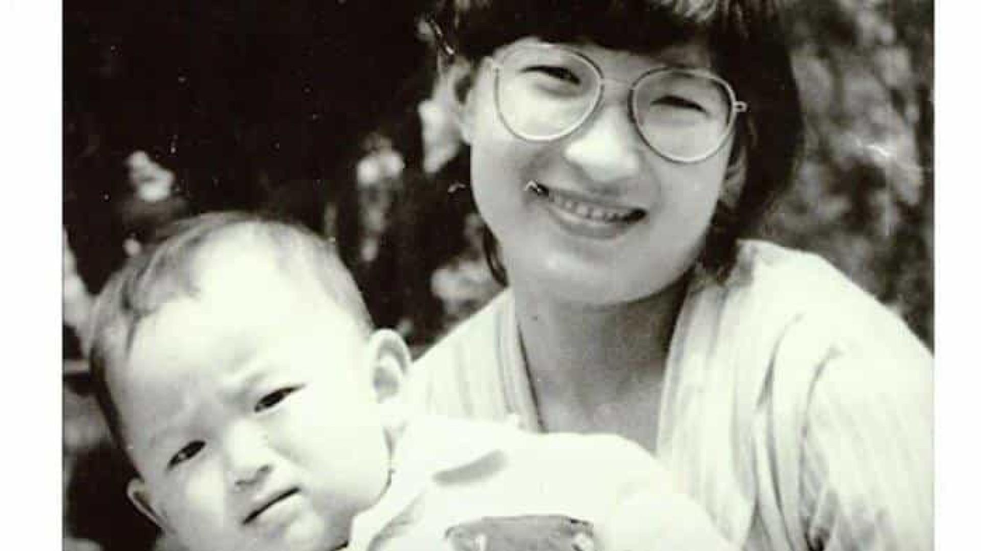 Reconhecimento facial reúne homem com família biológica 32 anos depois