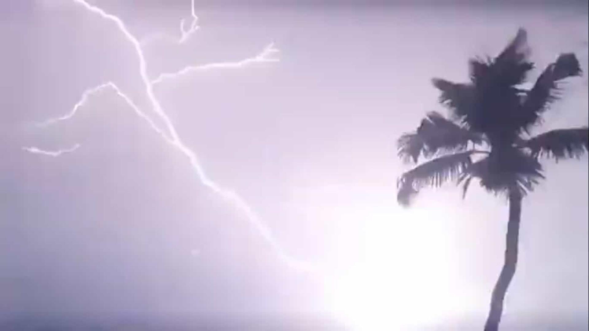 Assustador: Super ciclone atinge Bangladesh e Índia