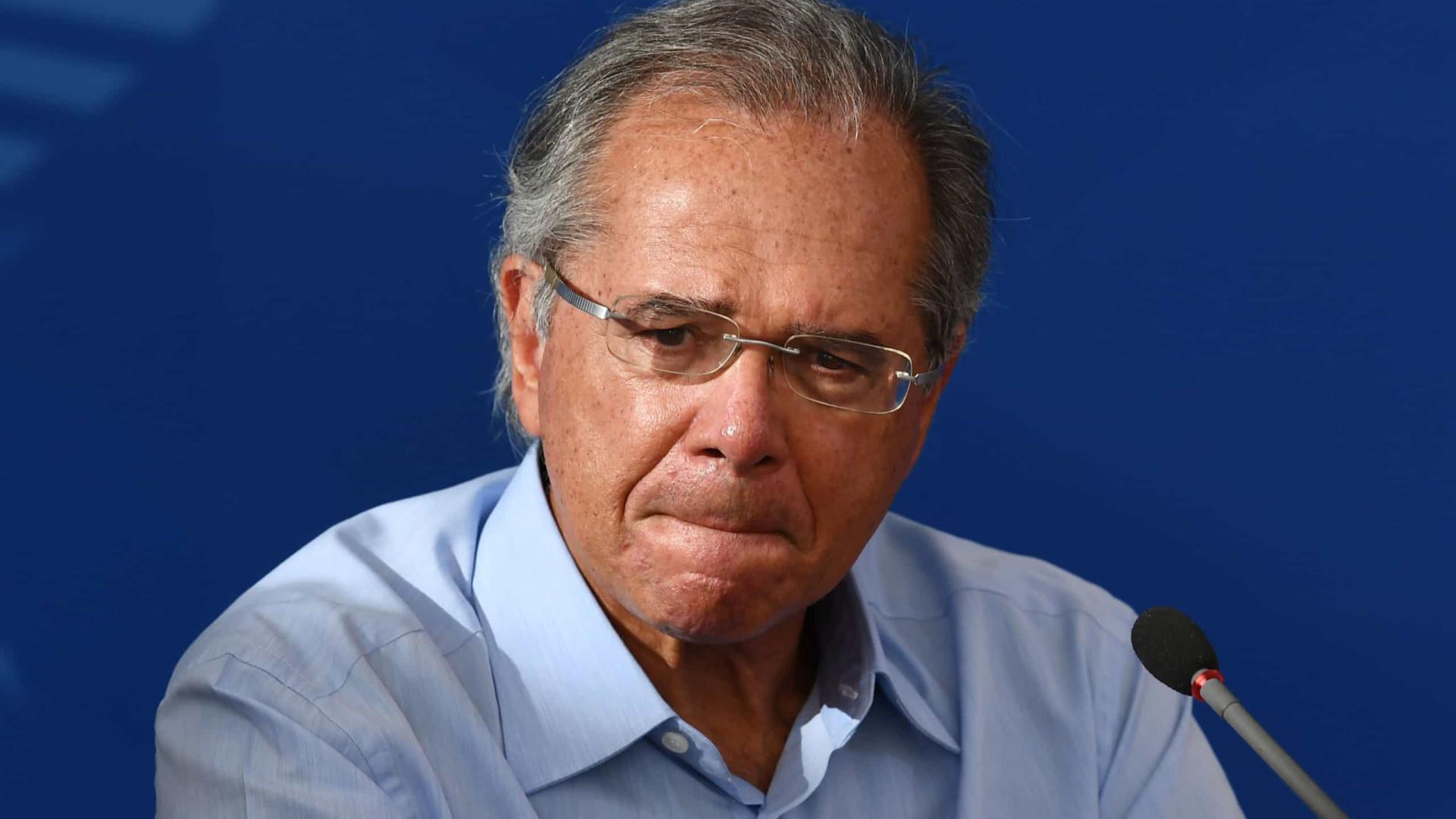 Marco Aurélio nega pedido de liminar para afastamento de Guedes