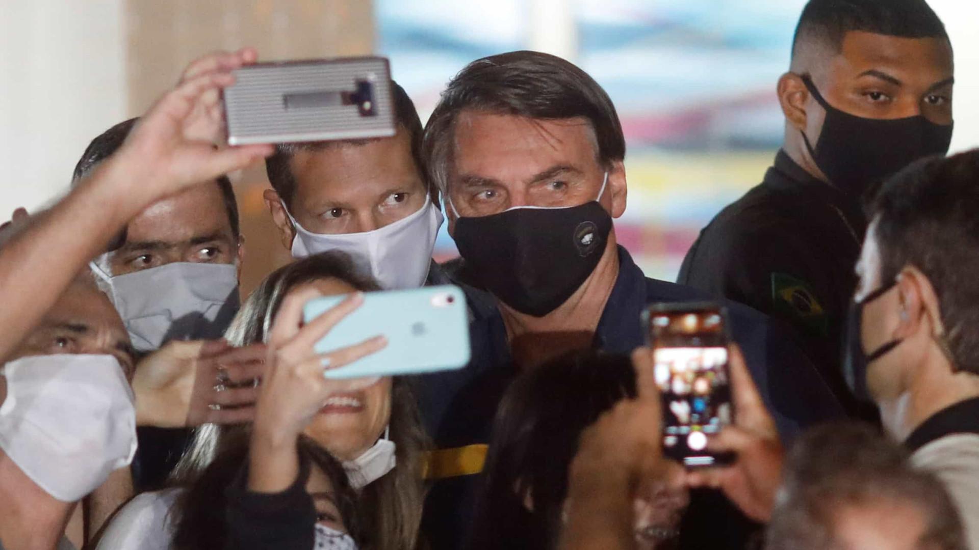 Procuradores veem indícios de crime de Bolsonaro